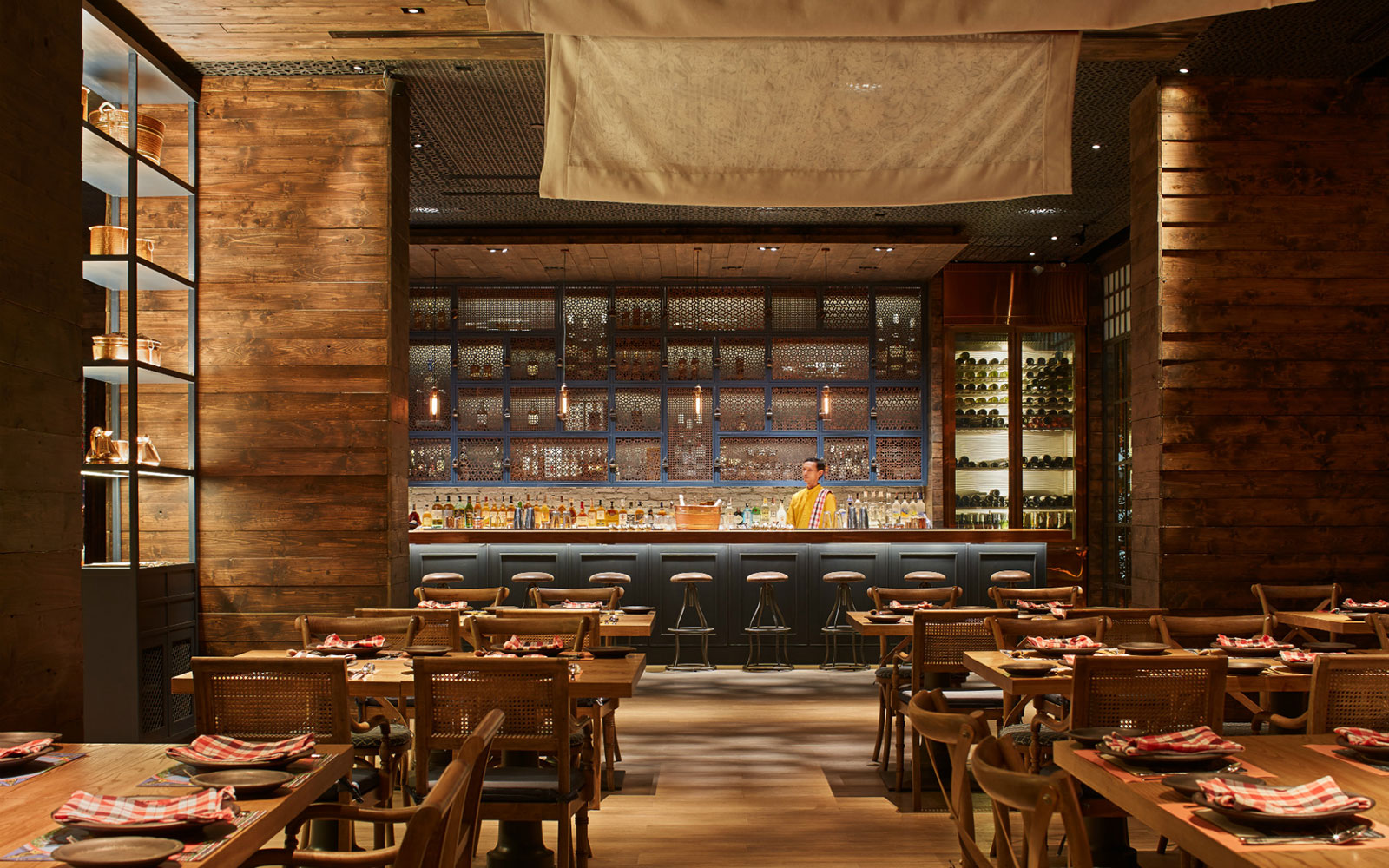 Bangkok Hotels Where The Restaurants Compete With the Rooms: Charcoal Tandoor Grill & Mixology, Fraser Suites Sukhumvit