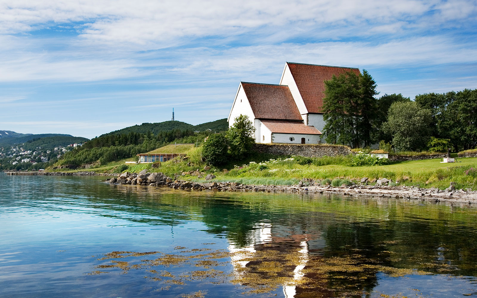 10 Honeymoons for the Adventurous Couple: Cruise the fjords of Norway on the Hurtigruten