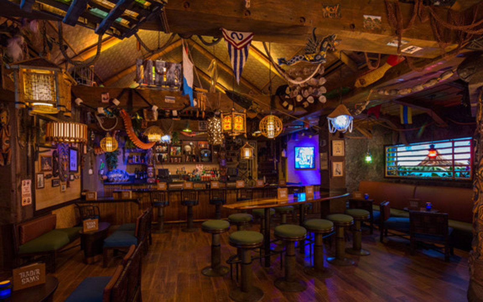 Trader Sam's Grog Grotto and Tiki Bar, Disney's Polynesian Village Resort, Florida