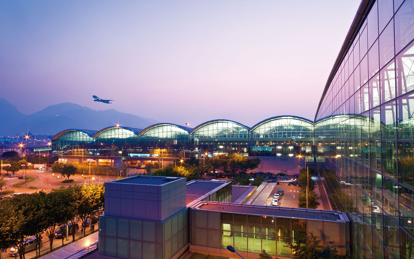 World's Easiest Airports: Hong Kong International Airport (HKG)
