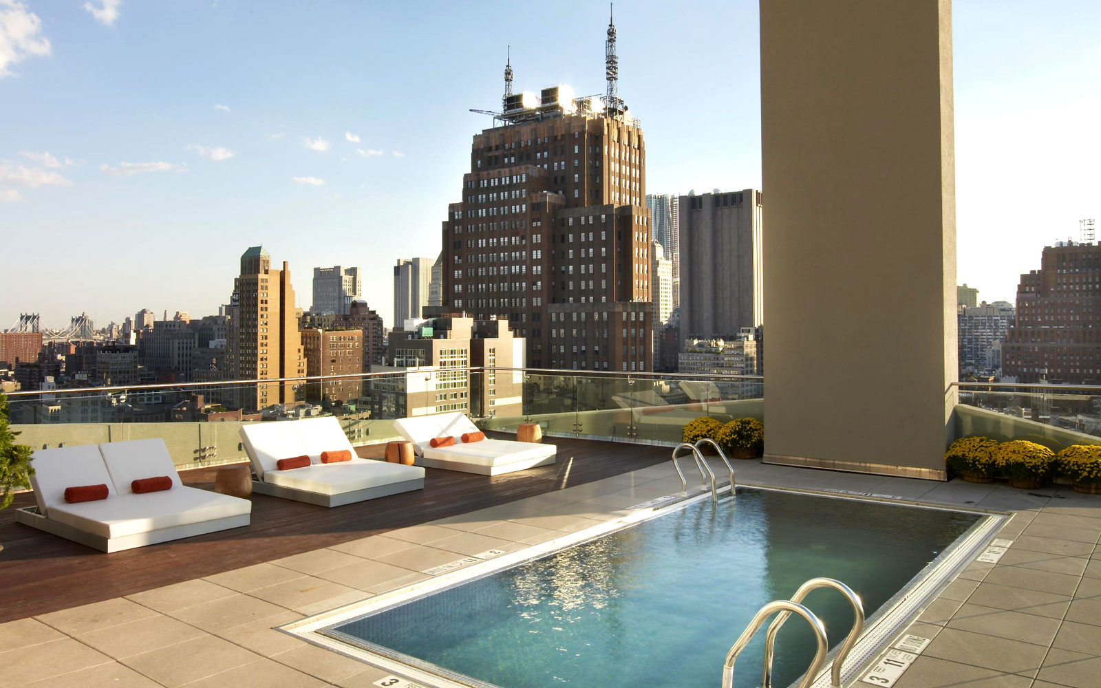 Take a Dip in These Amazing Hotel Pools: No Check-In Required: The James New York, NYC