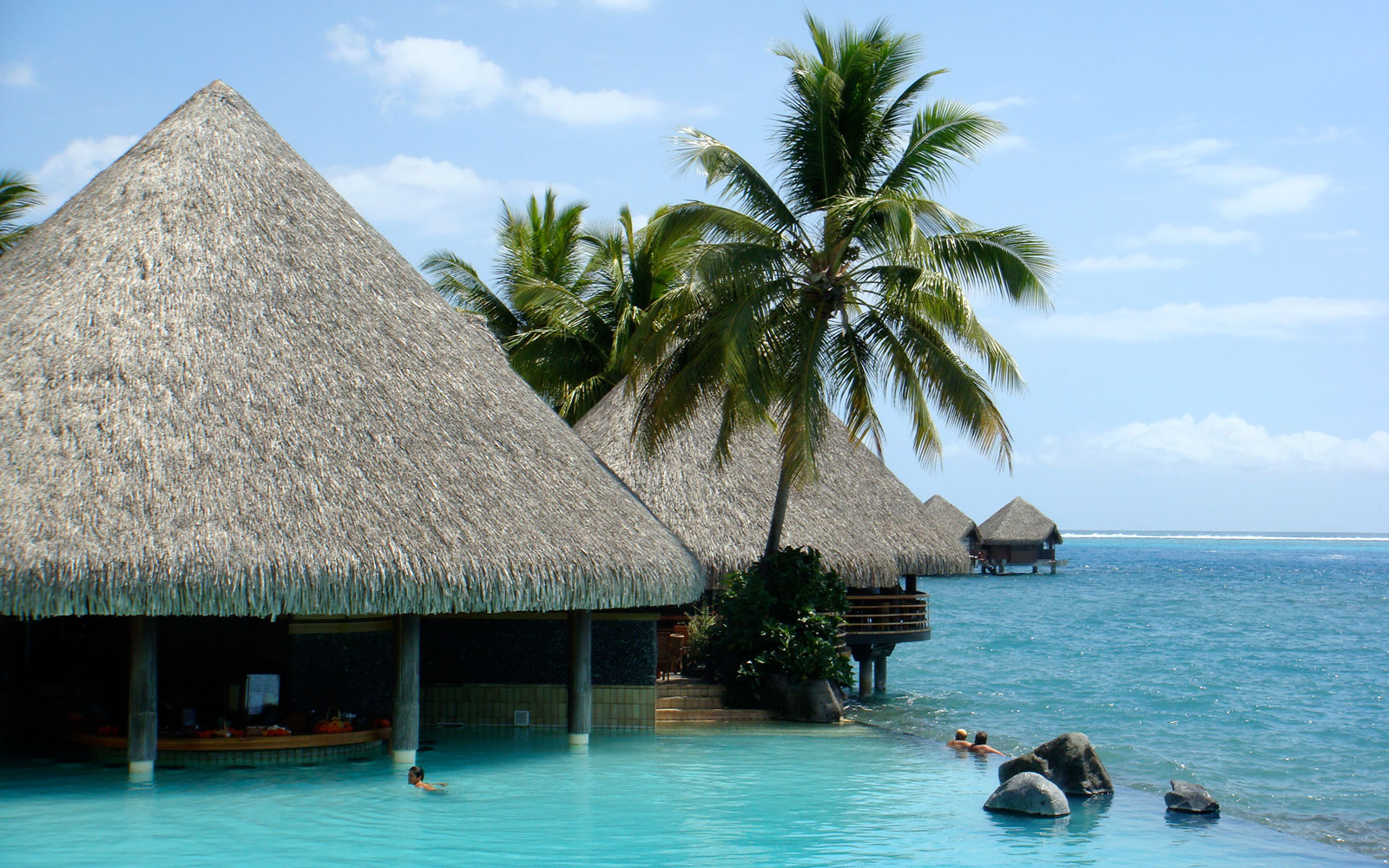 Chill Out at the World's Coolest Swim-Up Bars: Intercontinental Tahiti Resort in French Polynesia