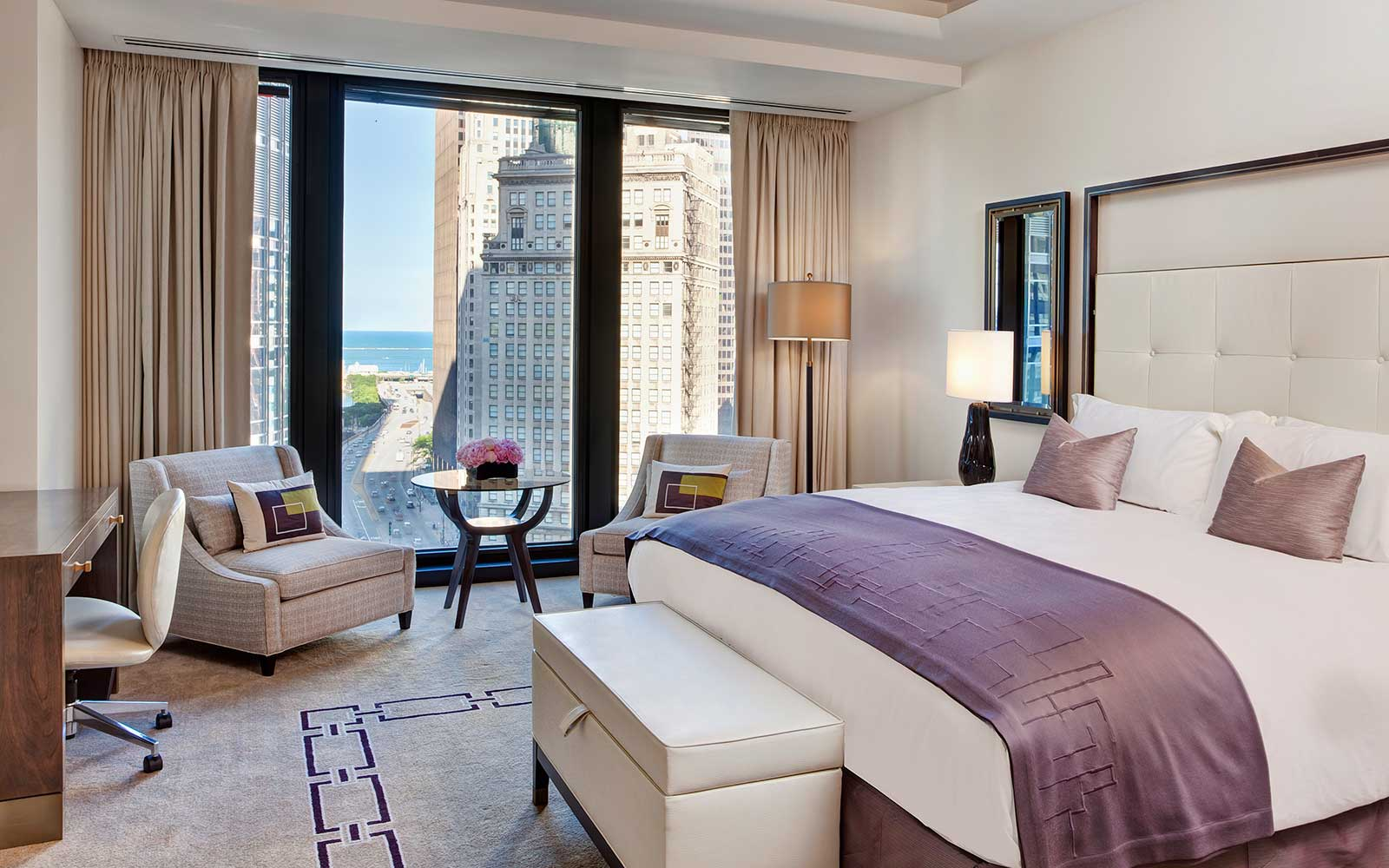 Where to Stay for the Chicago Architecture Biennial