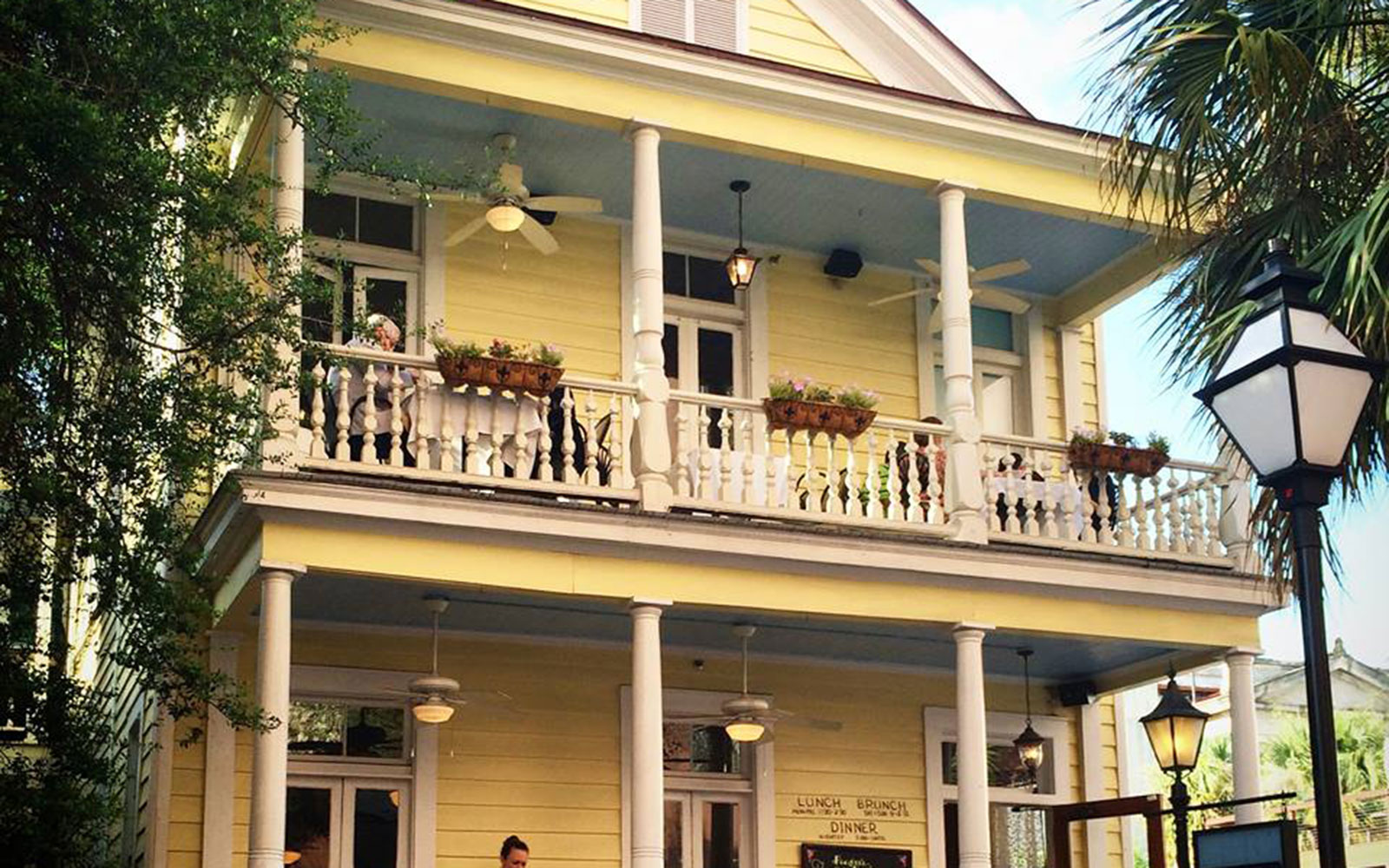 America's Most Haunted Bars and Restaurants: Poogan's Porch, Charleston