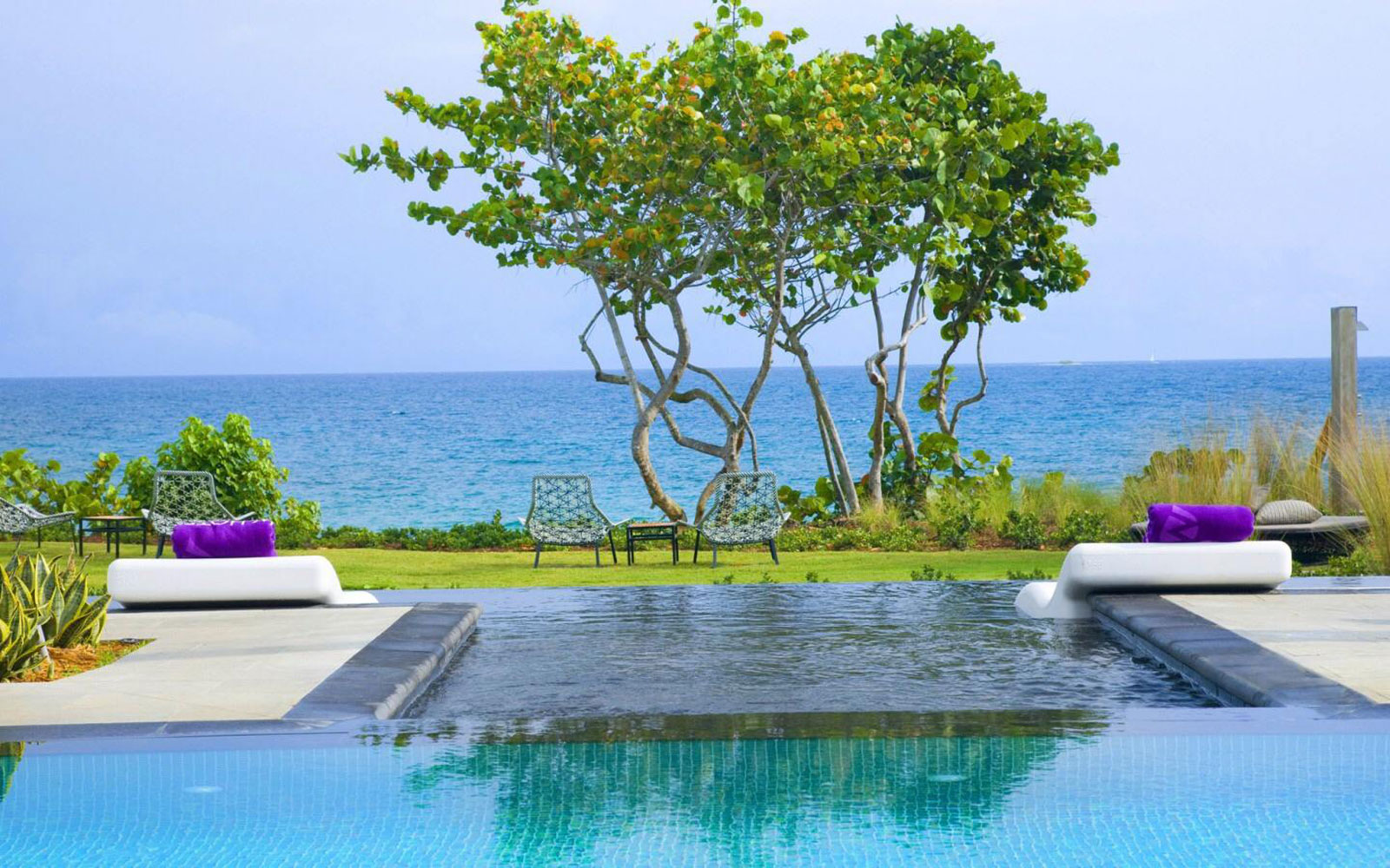 Nine Perfect Places For Your LGBT Destination Wedding: Vieques, Puerto Rico