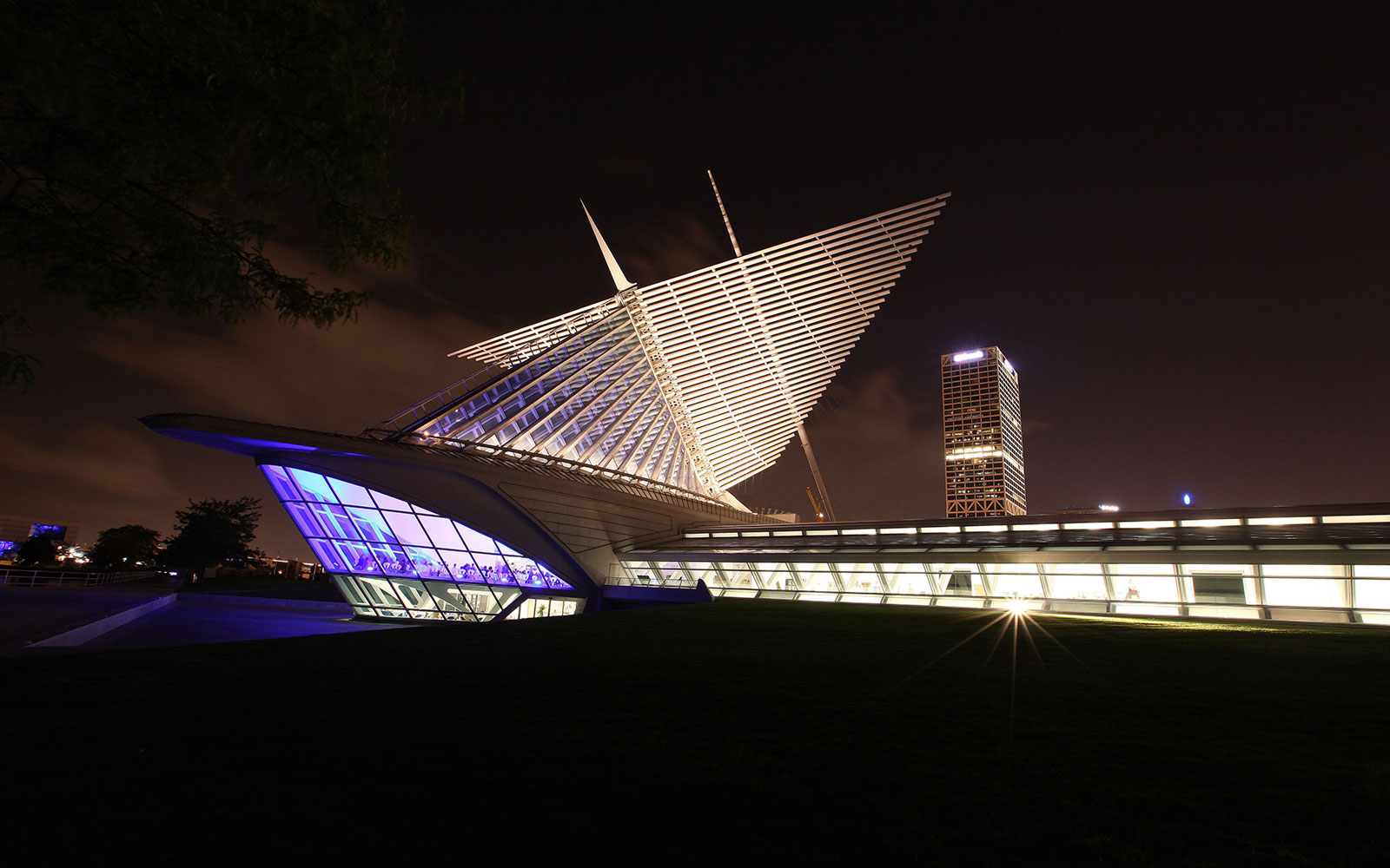 Nine Things to Do, Eat, and See in Milwaukee: Milwaukee Art Museum