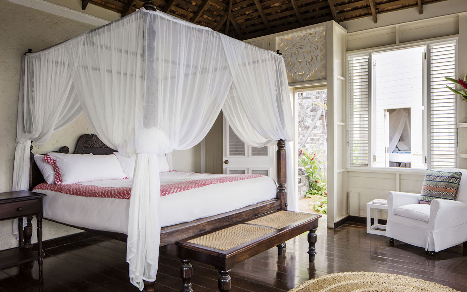 The 13 Sexiest Hotel Rooms in the World