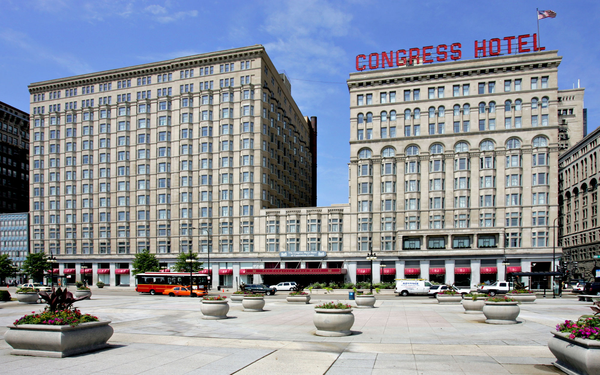 Hotels Haunted by Celebrities: Congress Plaza Hotel in Chicago, Illinois