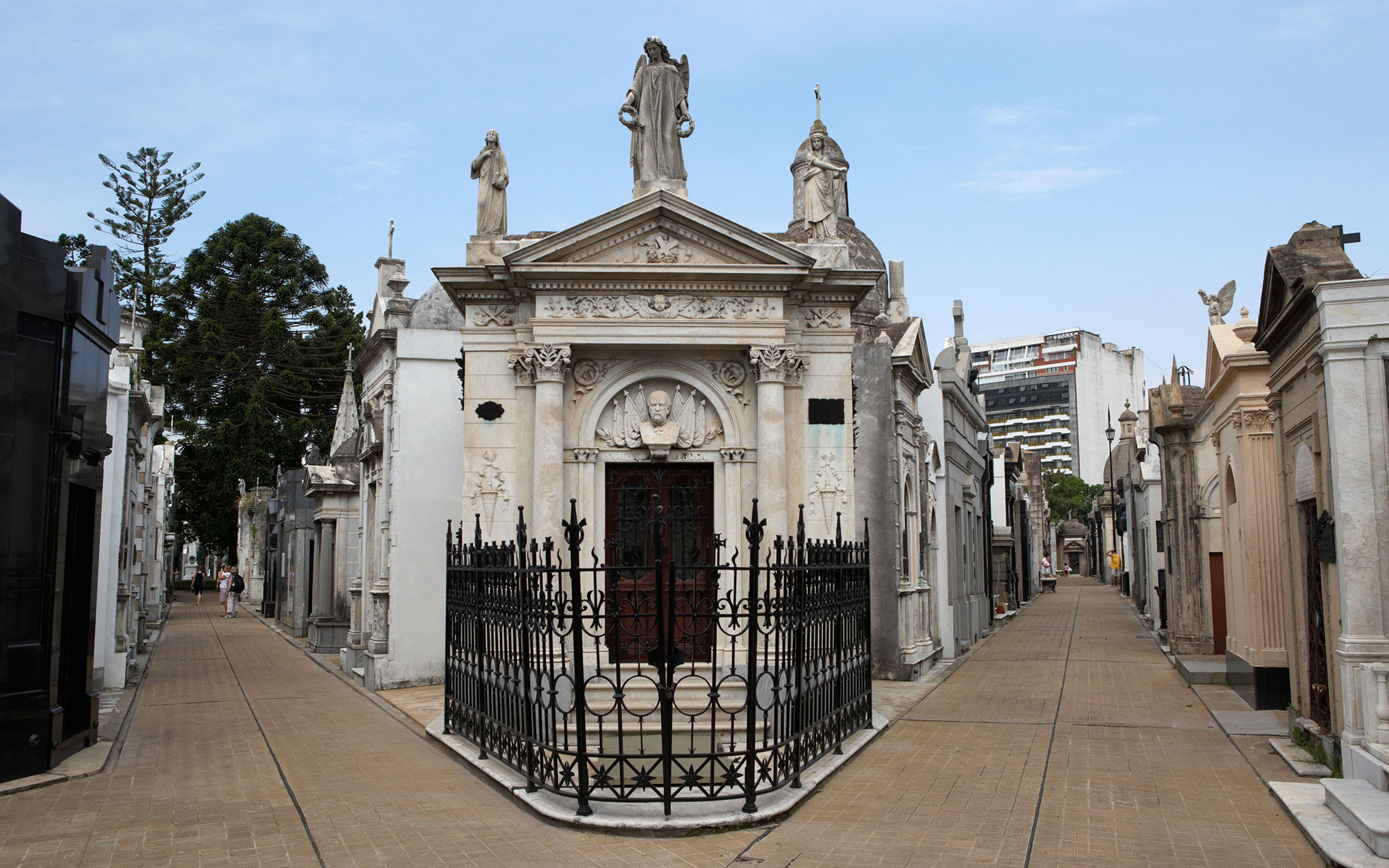 World's Most Beautiful Cemeteries: Recoleta Cemetery, Argentina