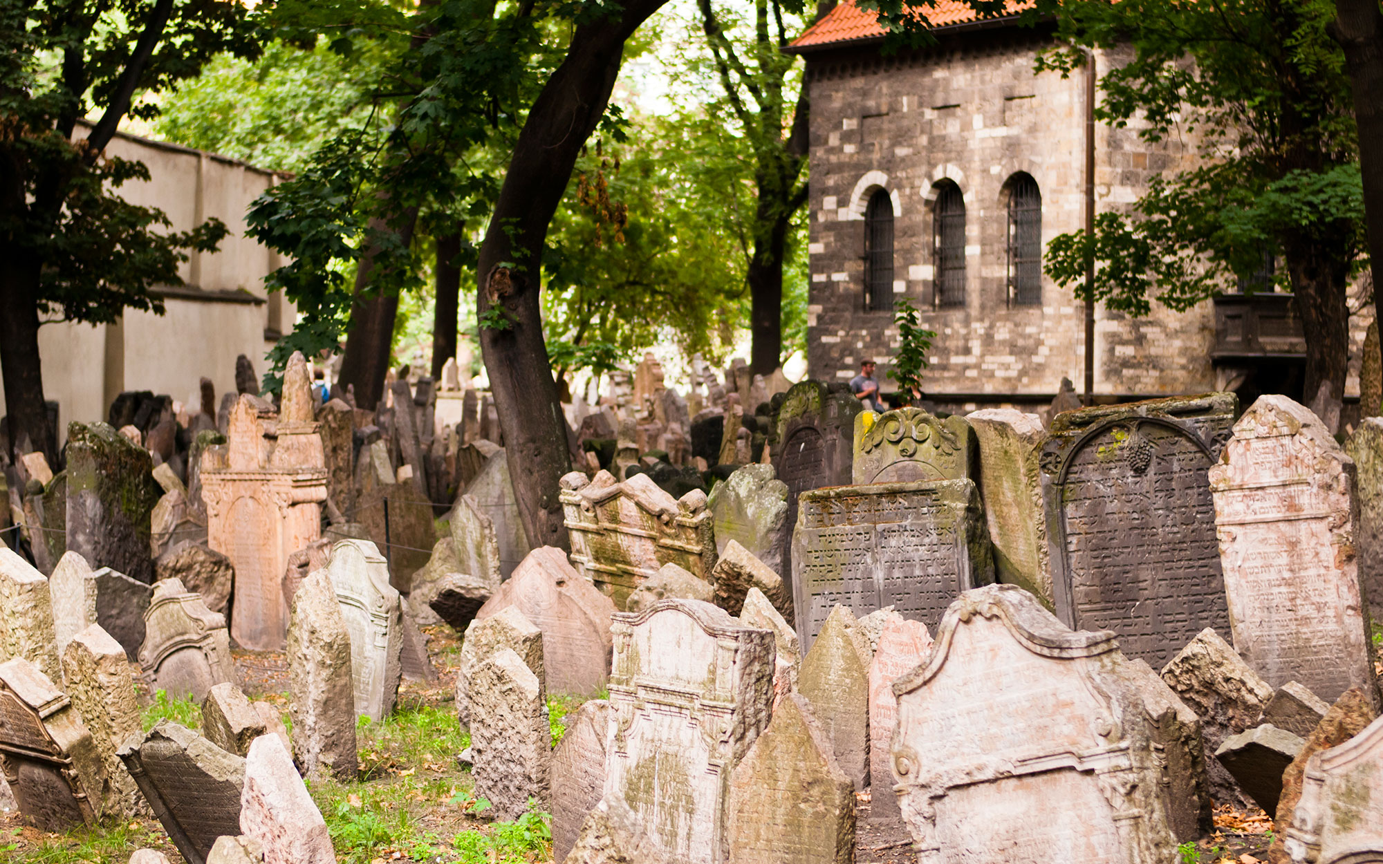 World's Most Beautiful Cemeteries: Old Jewish Cemetery, Czech Republic