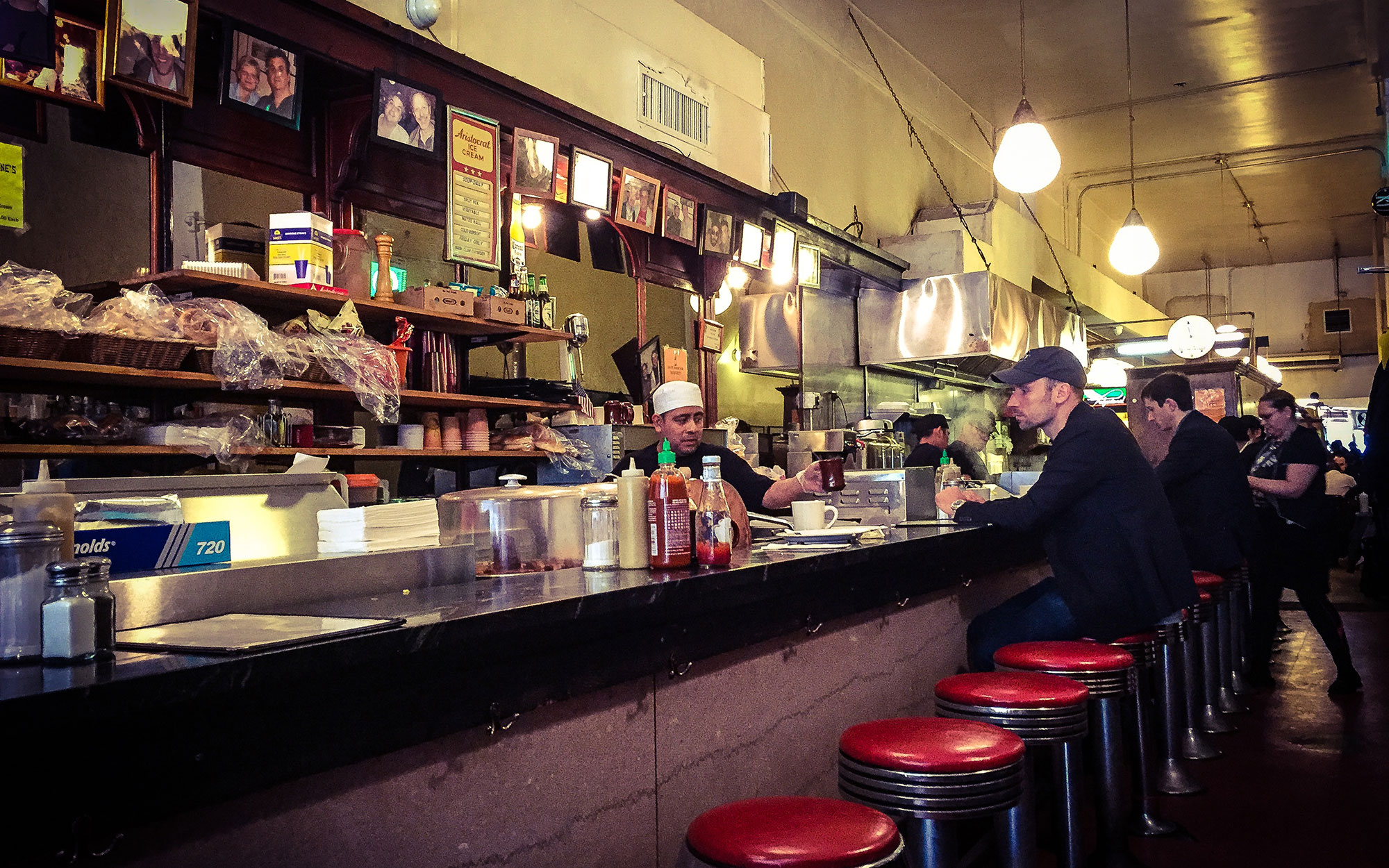 Best Old Restaurants and Bars in NYC: Eisenberg's Sandwich Shop