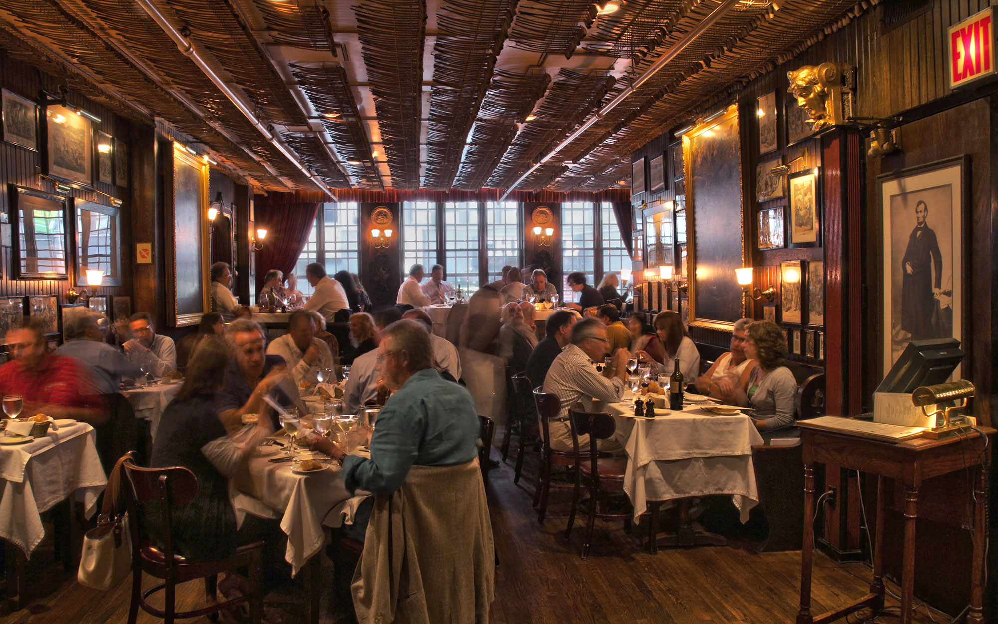 Best Old Restaurants and Bars in NYC: Keens Steakhouse