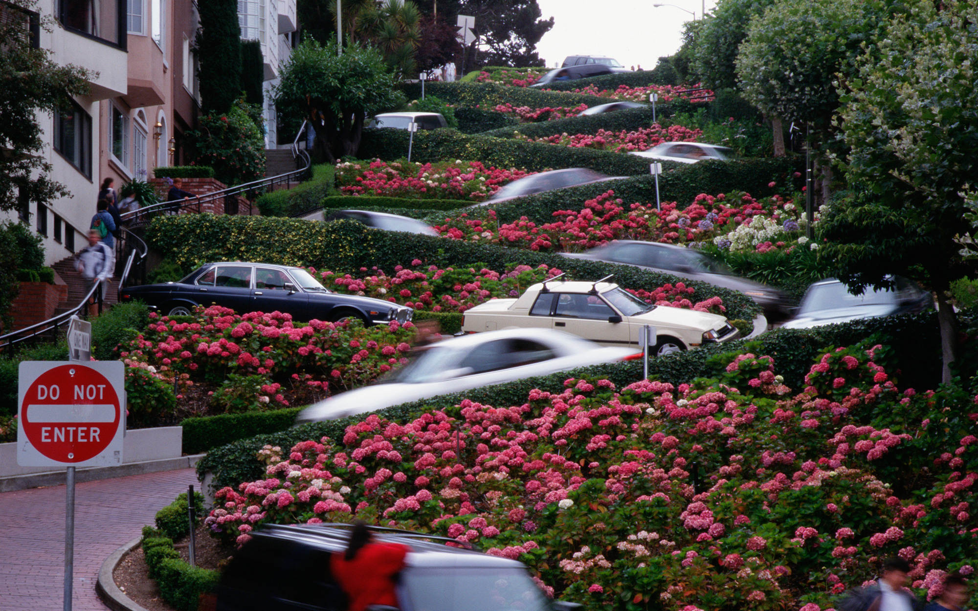 Tourists driving Lombard Street, San Francisco