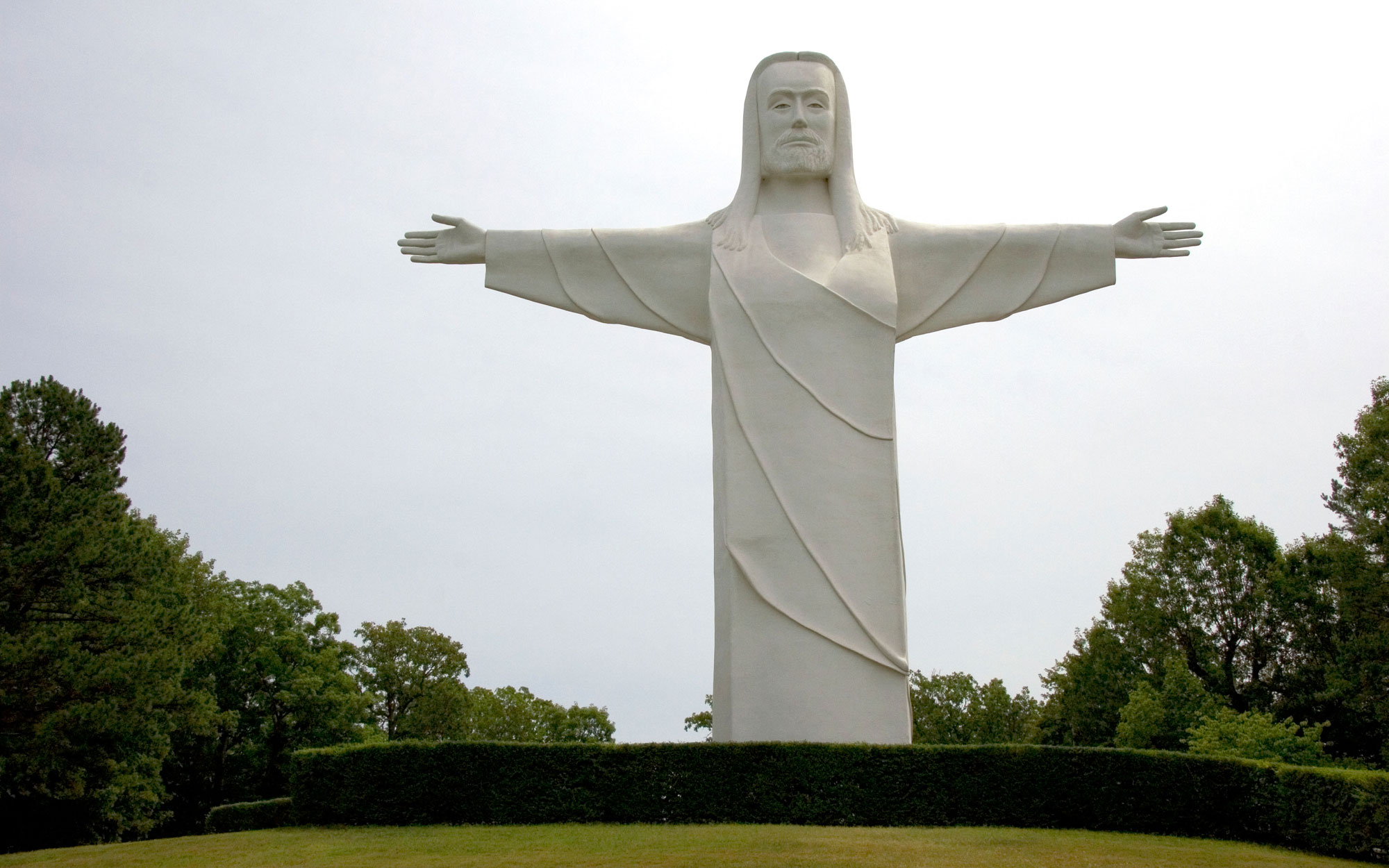 Weirdest Roadside Attractions: Arkansas: Christ of the Ozarks