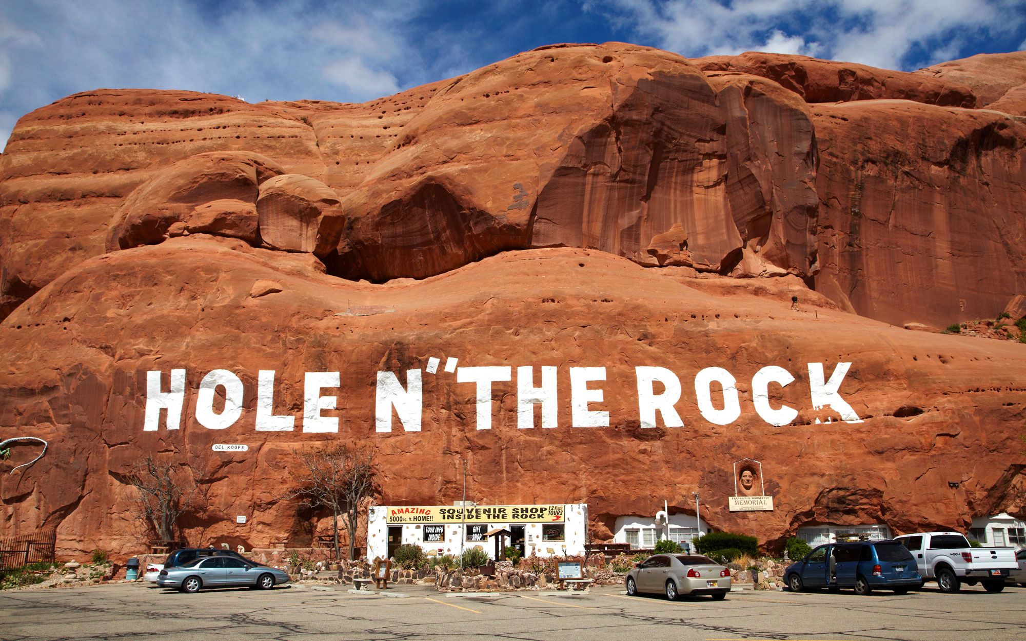 Weirdest Roadside Attractions: Utah: Hole in the Rock