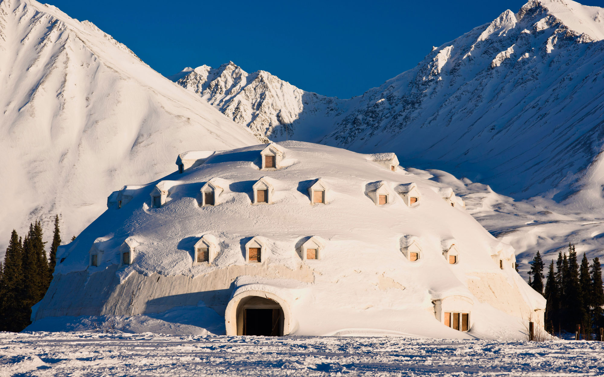 Weirdest Roadside Attractions: Alaska: Igloo City