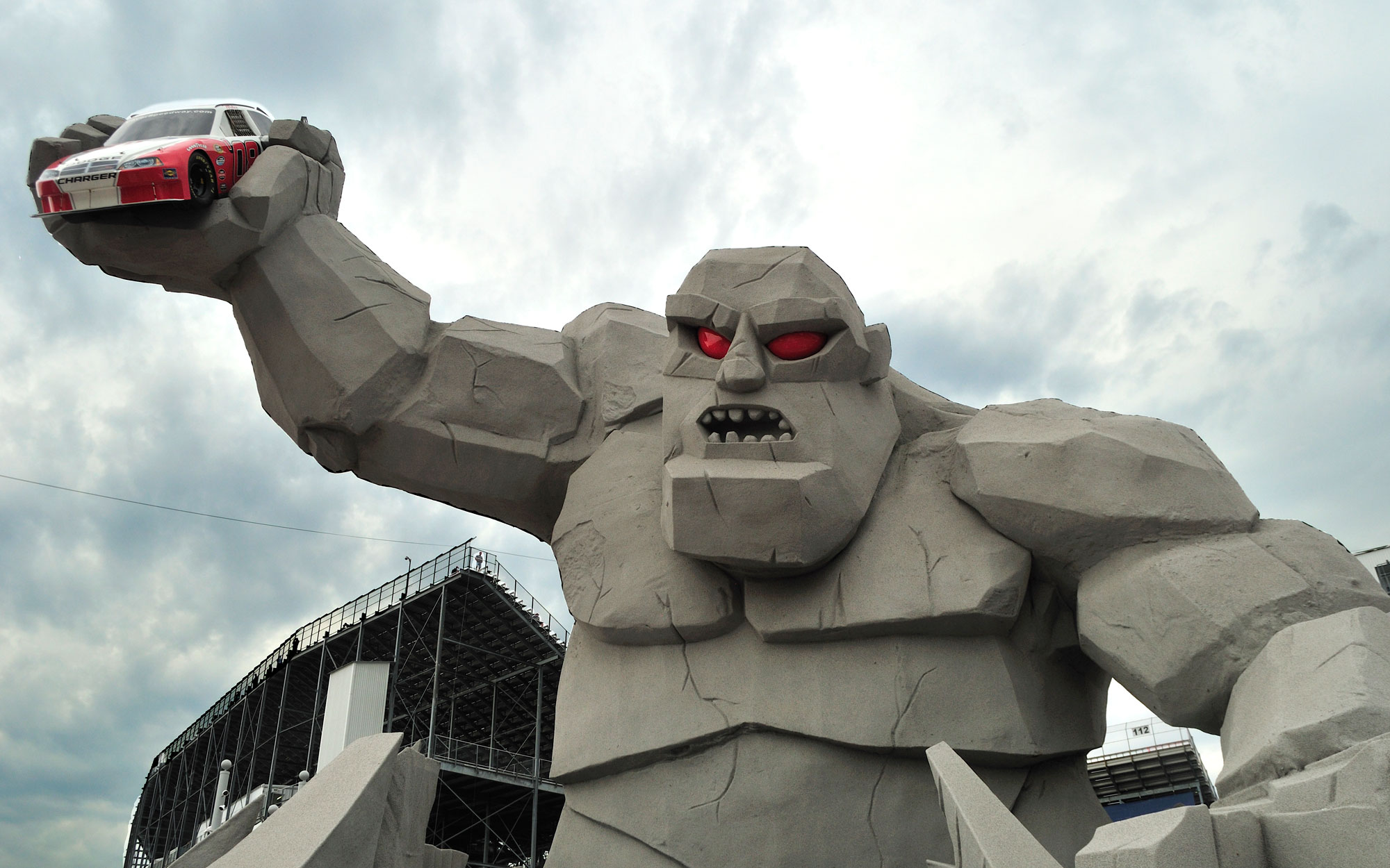 Weirdest Roadside Attractions: Delaware: Miles the Monster