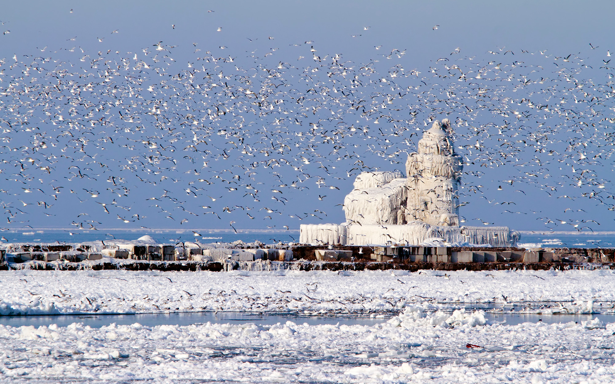 Weirdest Roadside Attractions: Ohio: Frozen Cleveland Lighthouse