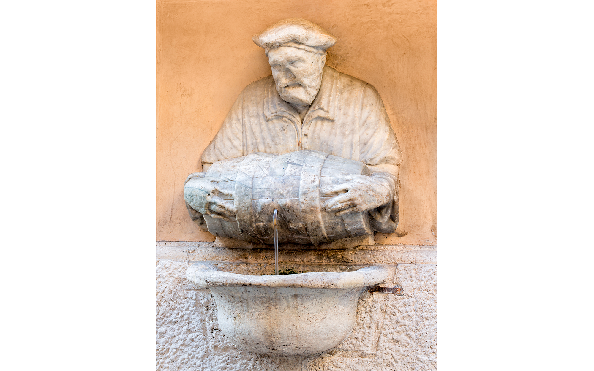 12 Roman Fountains That Will Make You Want to Book a Flight: Fontana Del Facchino