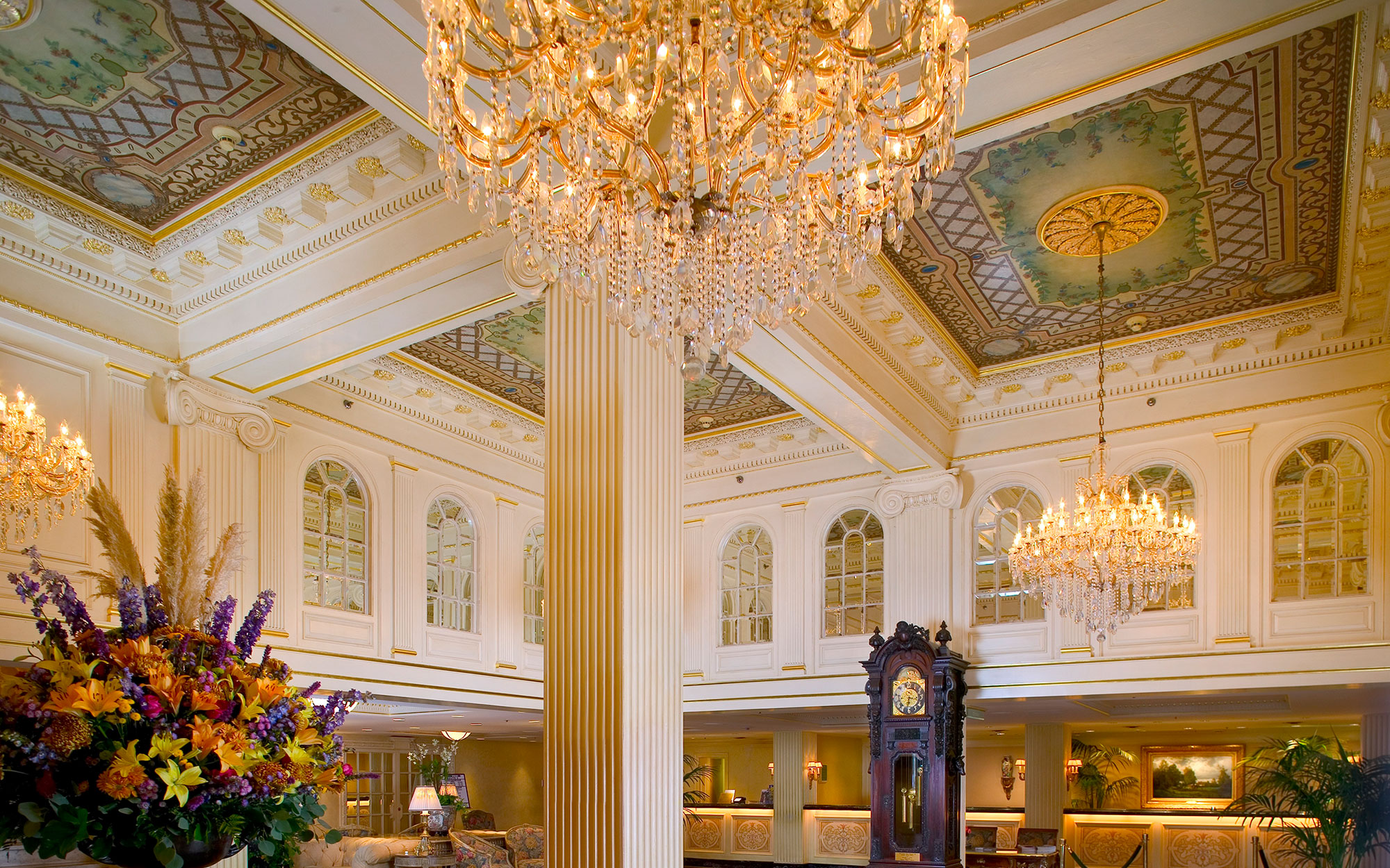 Literary Tour of New Orleans: Hotel Monteleone