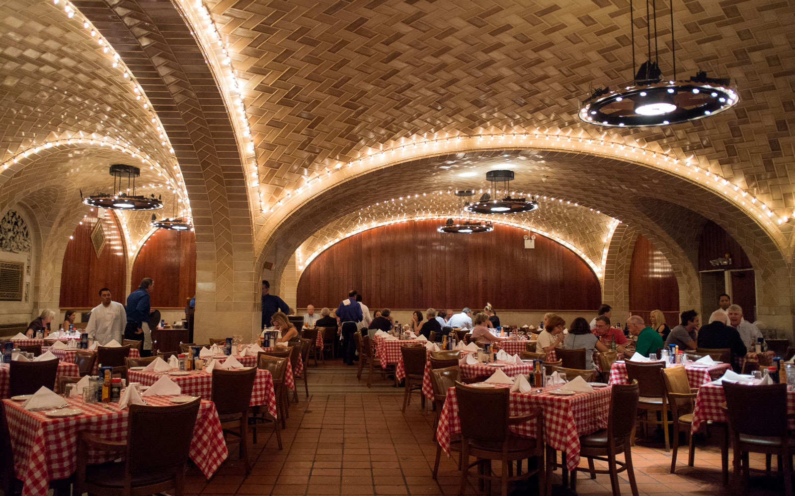 New York City's Power Lunch Restaurants: Grand Central Oyster Bar