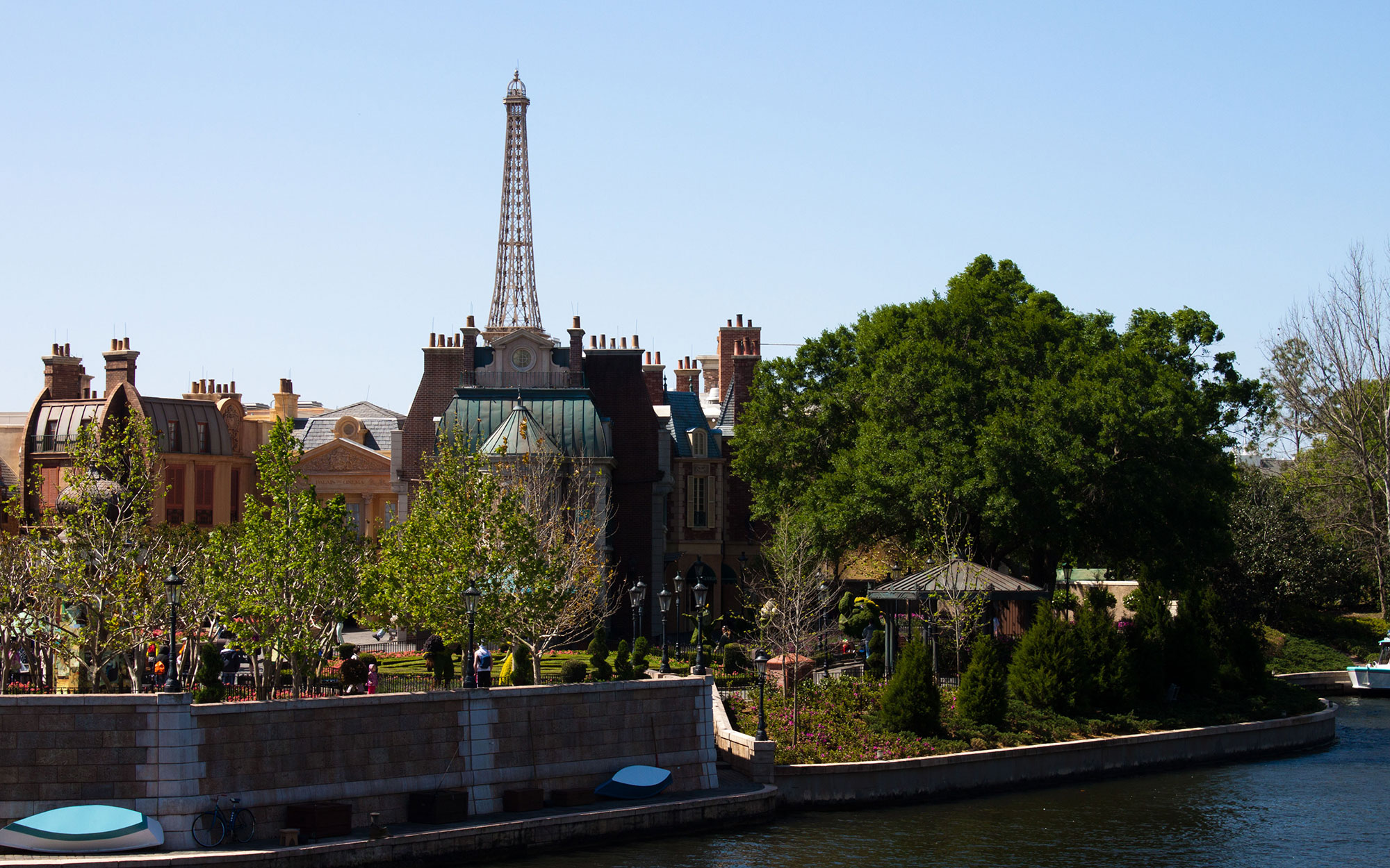 Drinking Around the World at Disney's Epcot: France