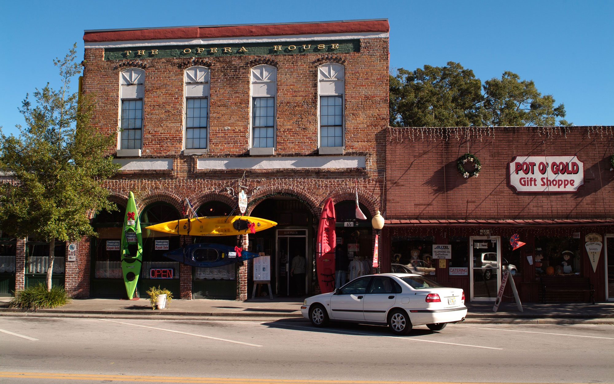 A53G26 city of High Springs Florida historic district The Opera House
