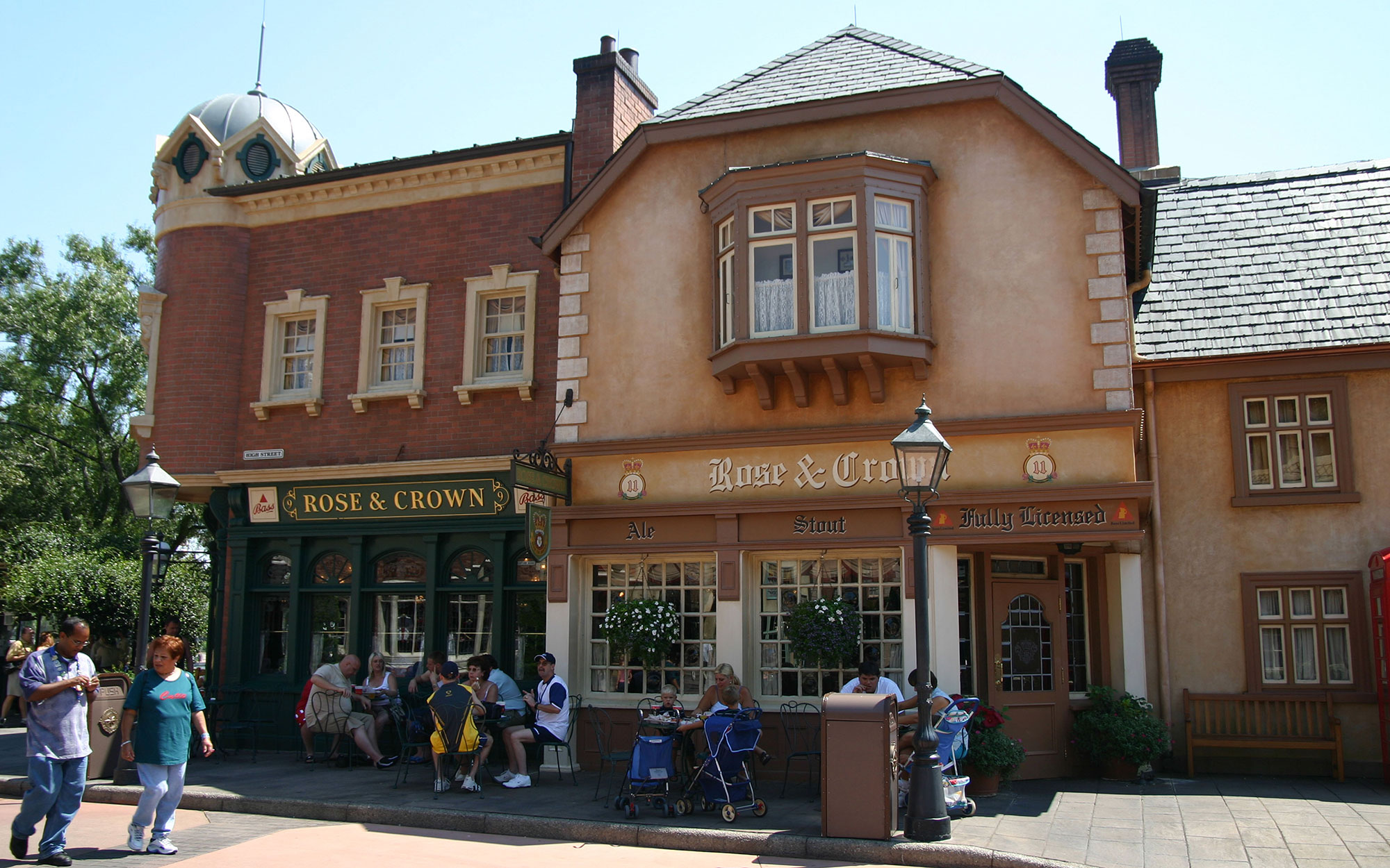 Drinking Around the World at Disney's Epcot: United Kingdom