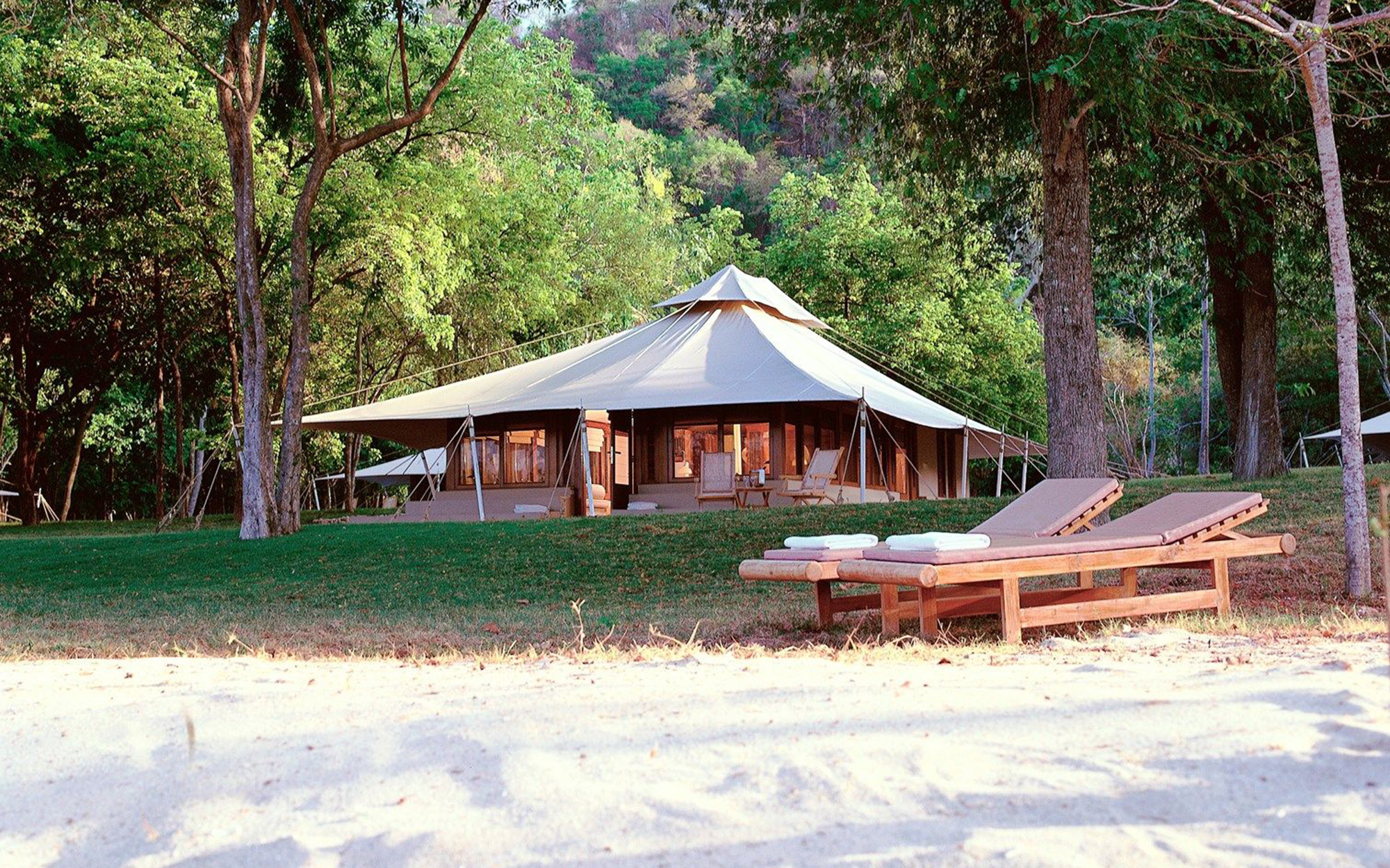 Luxury Vacations: Amanwana