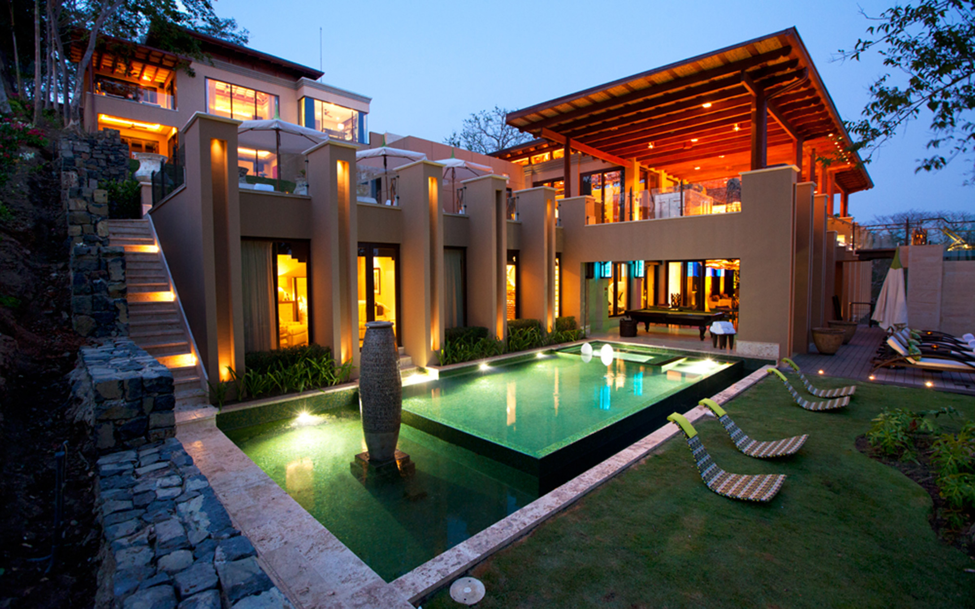 Luxury Vacations: Villa Manzu