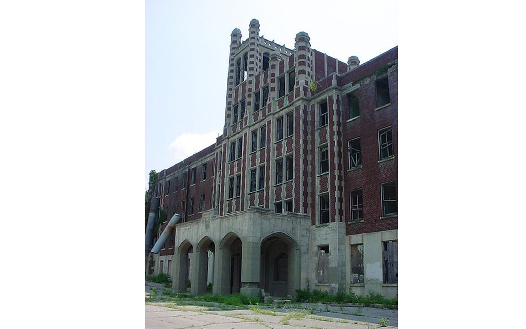 Abandoned Movie Sets You Can Still Visit: Death Tunnel at Waverly Hills Sanatorium in Louisville, Kentucky