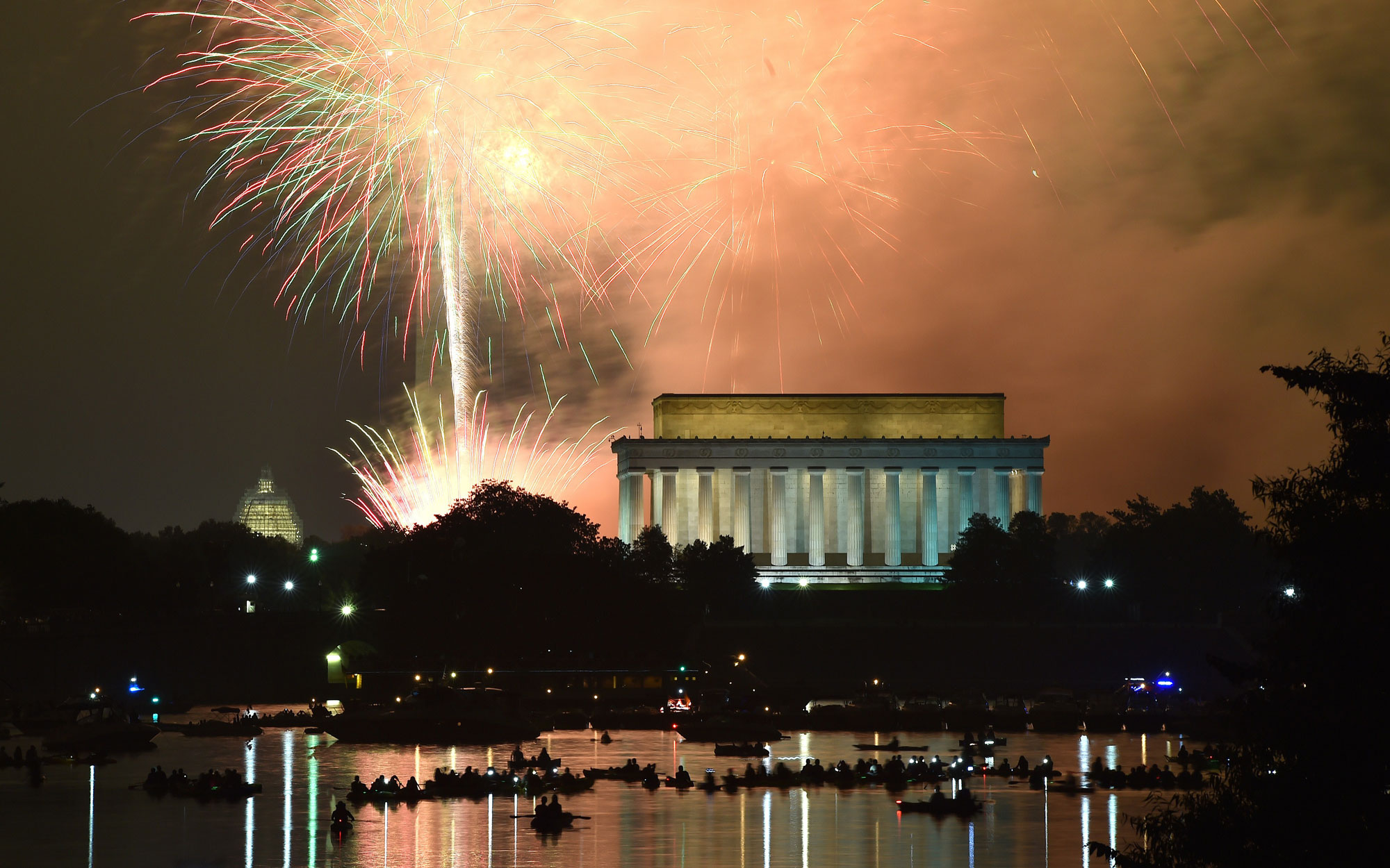 Lincoln Memorial Fourth of July Fireworks