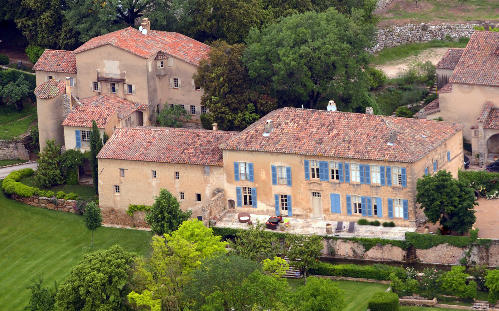 Brad Pitt and Angelina Jolie: Correns, France