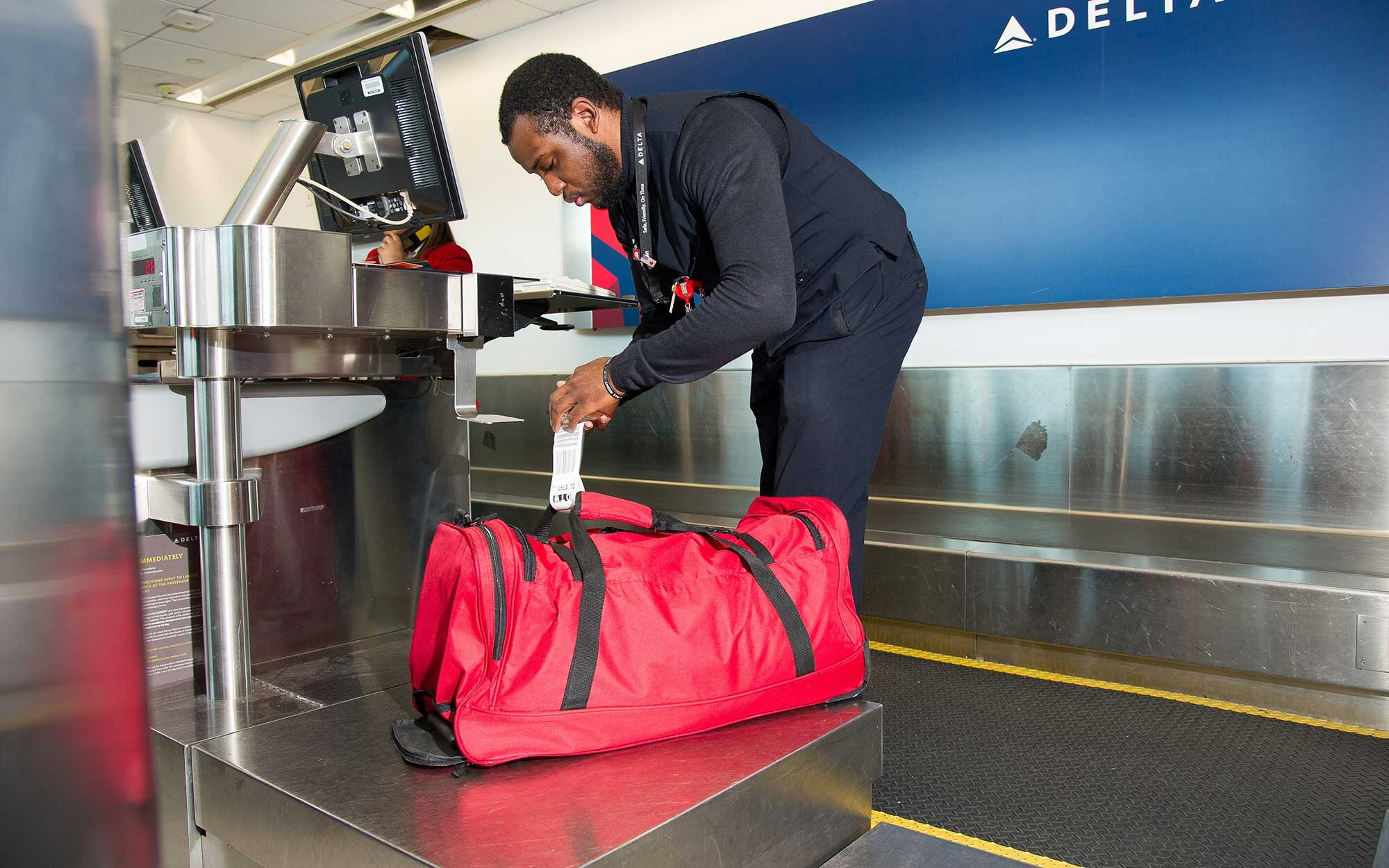 Delta Introduces New Rfid Luggage