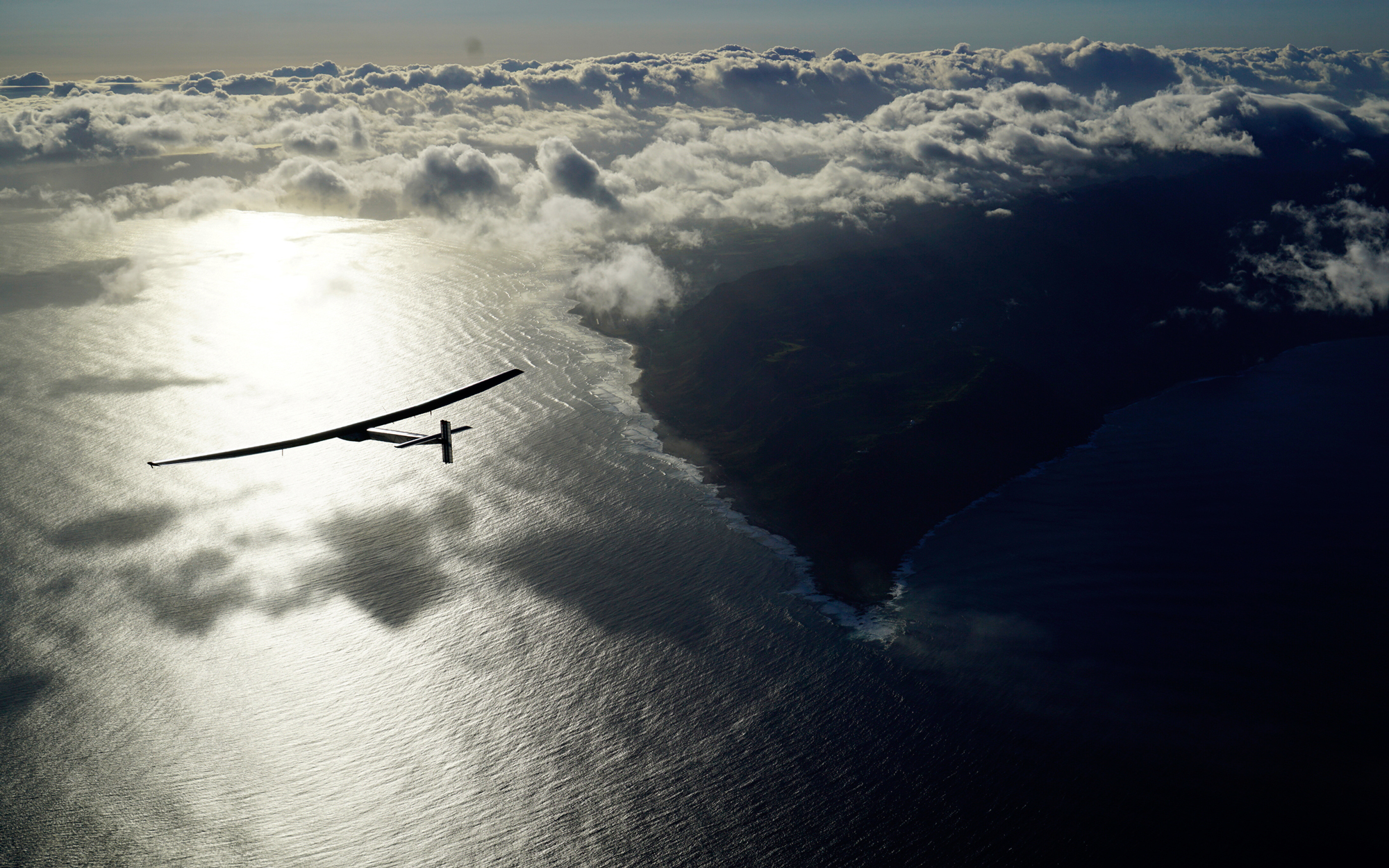 Solar Impulse over Oahu