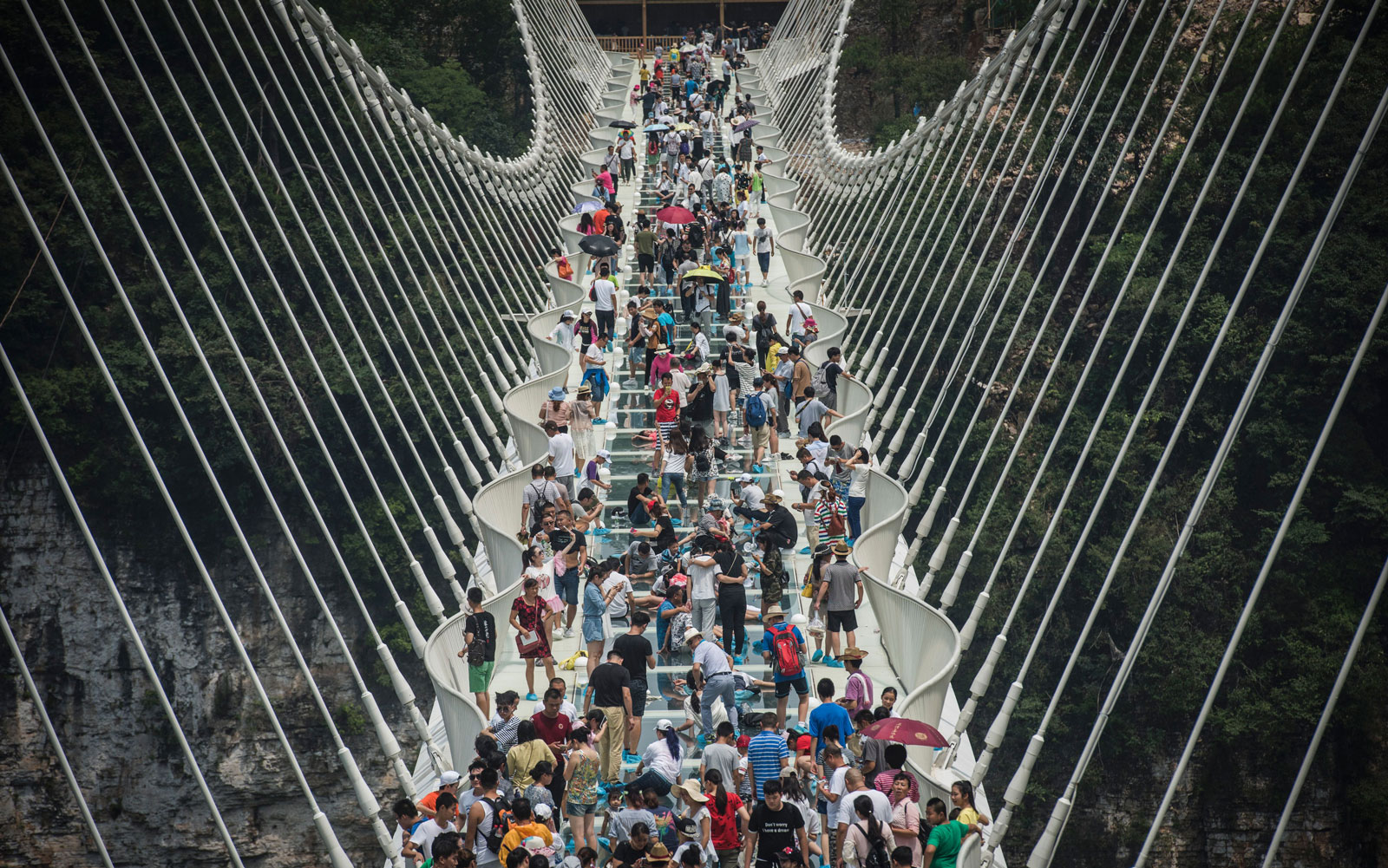 China's longest glass bridge closed two weeks after opening.
