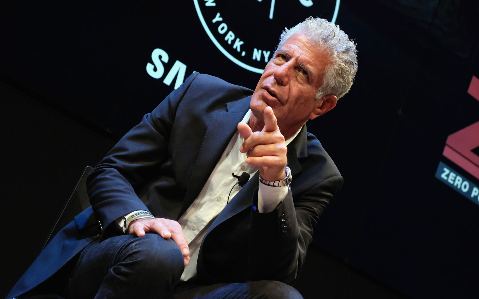 Bourdain ate grilled meat and talked to a therapist in Buenos Aires.