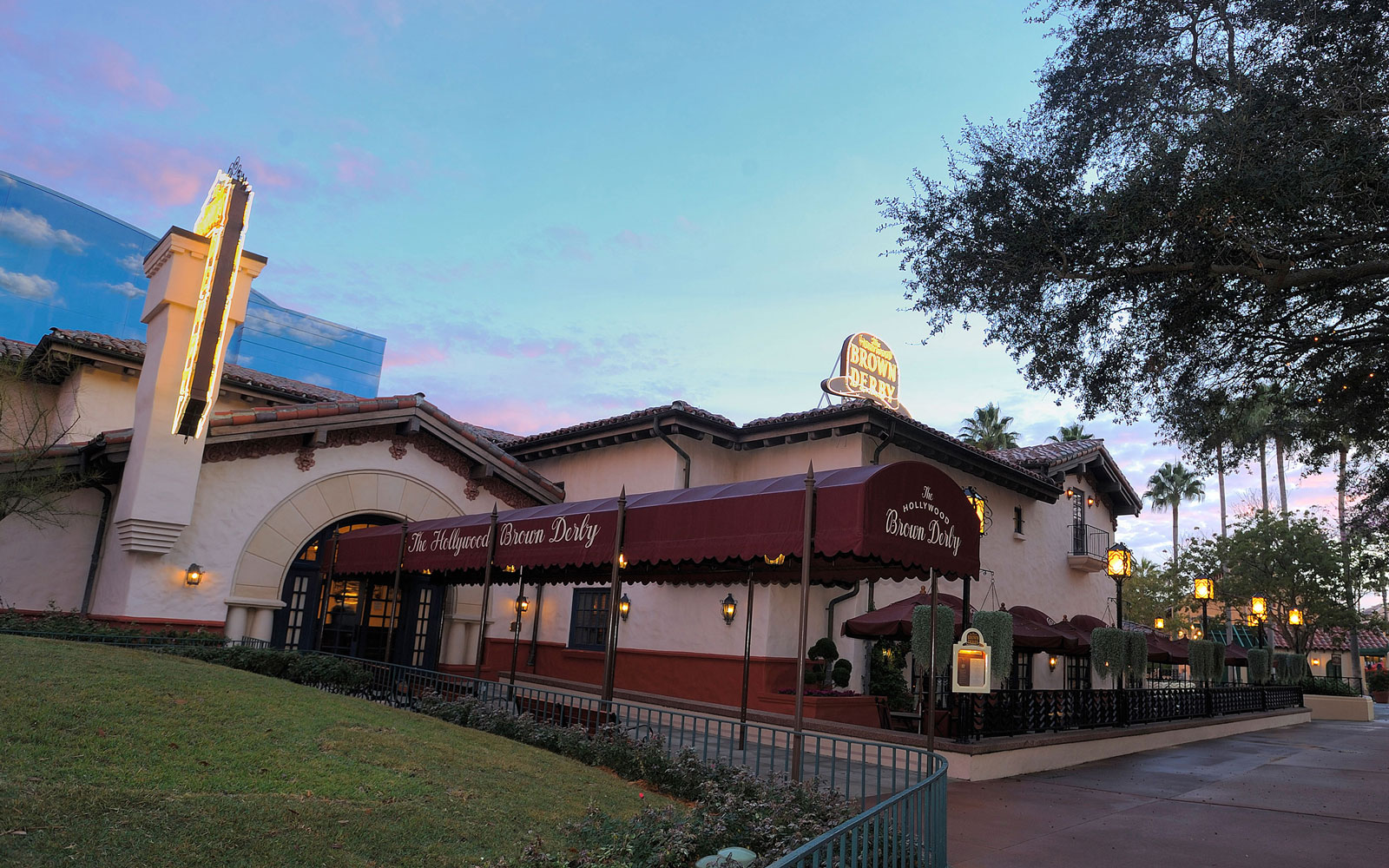 Hollywood Brown Derby at Disney's Hollywood Studios, CA