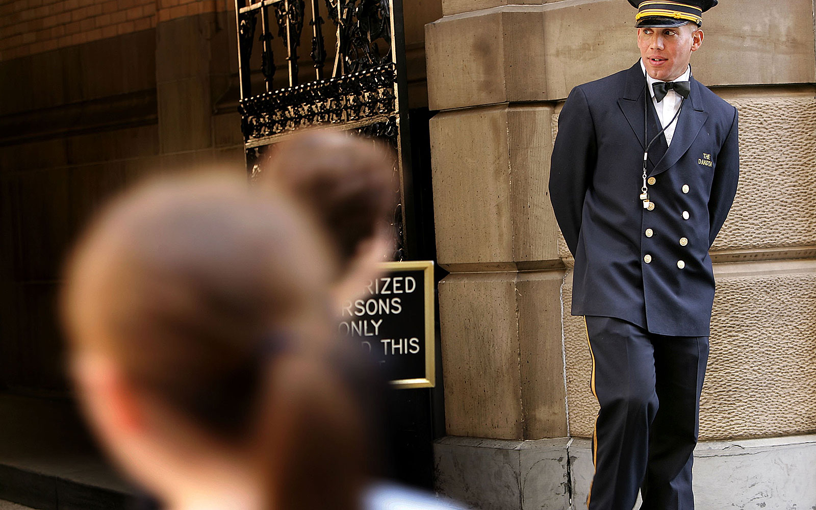 How much to tip your doorman