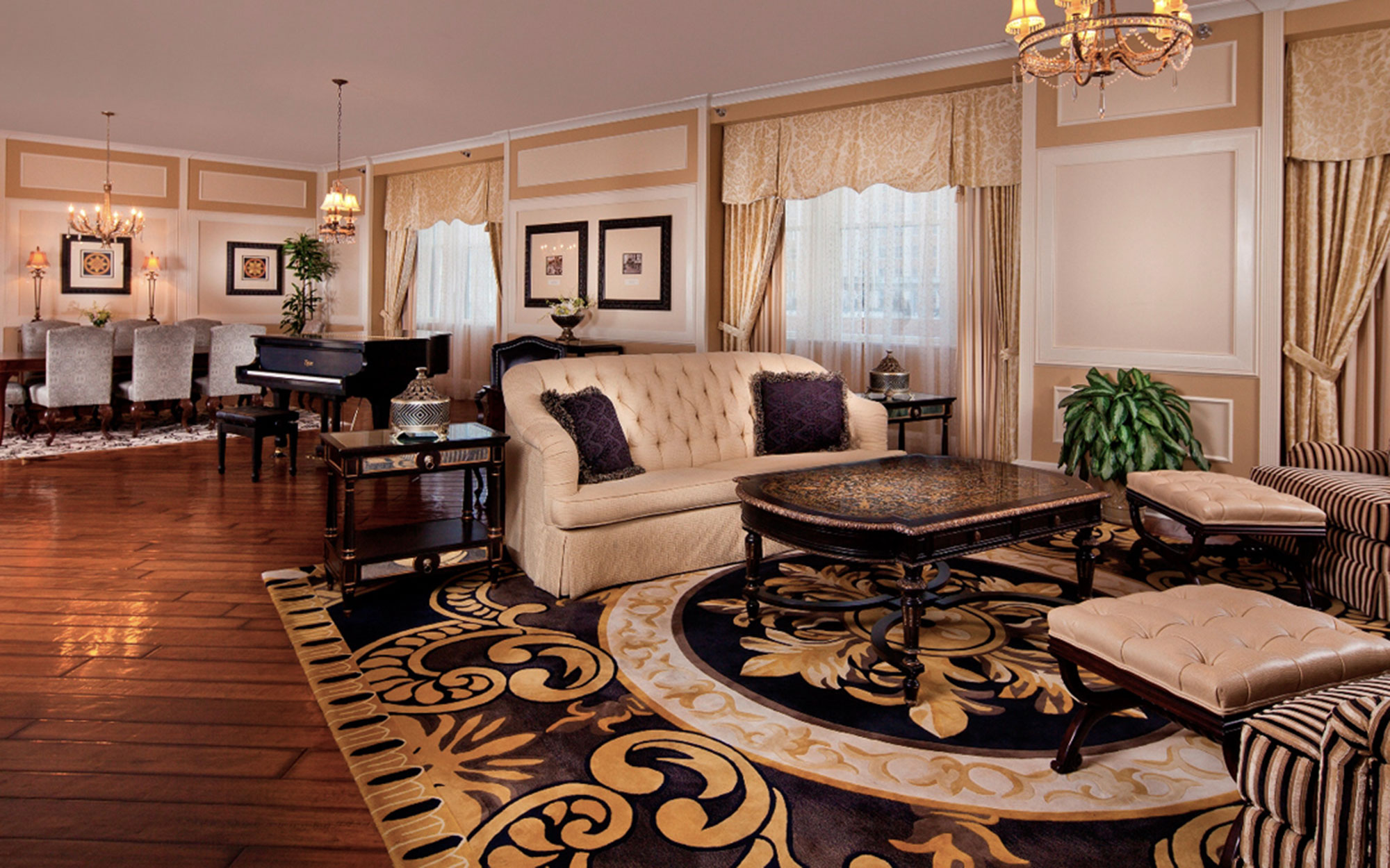 Louisiana: The Roosevelt Hotel, New Orleans
