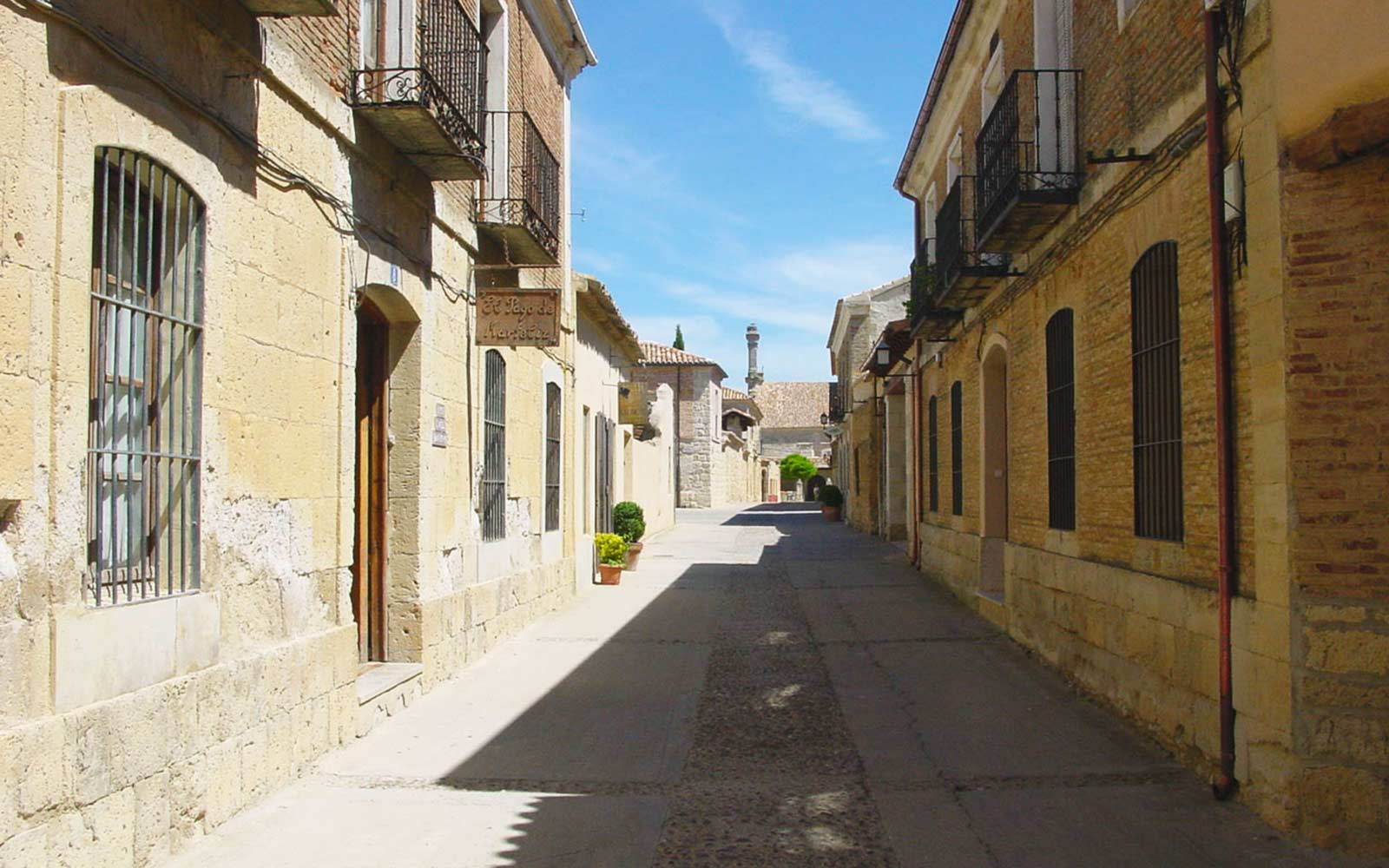 Spanish town with tons of bookstores