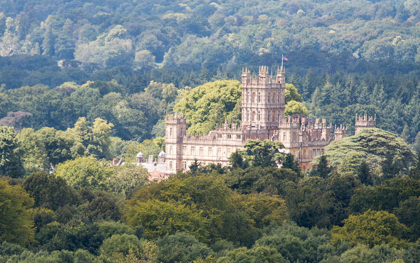 highclere-castle-HISTORIC317.jpg