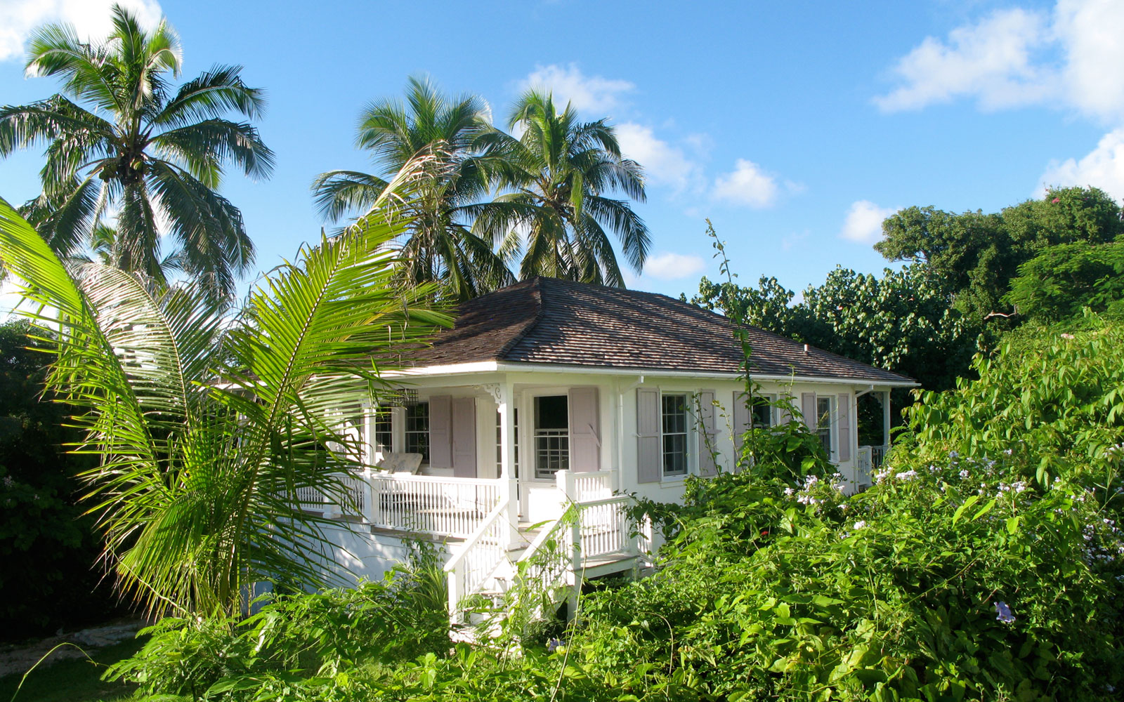 home-in-bahamas-HISTORIC317.jpg