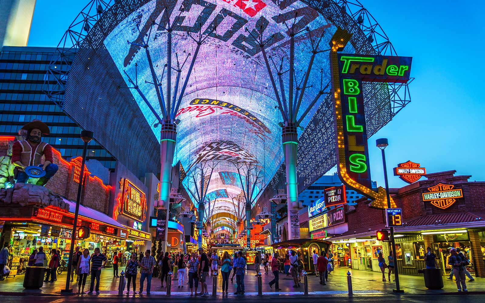 Fremont Street Experience, Nevada — Fear The Walking Dead