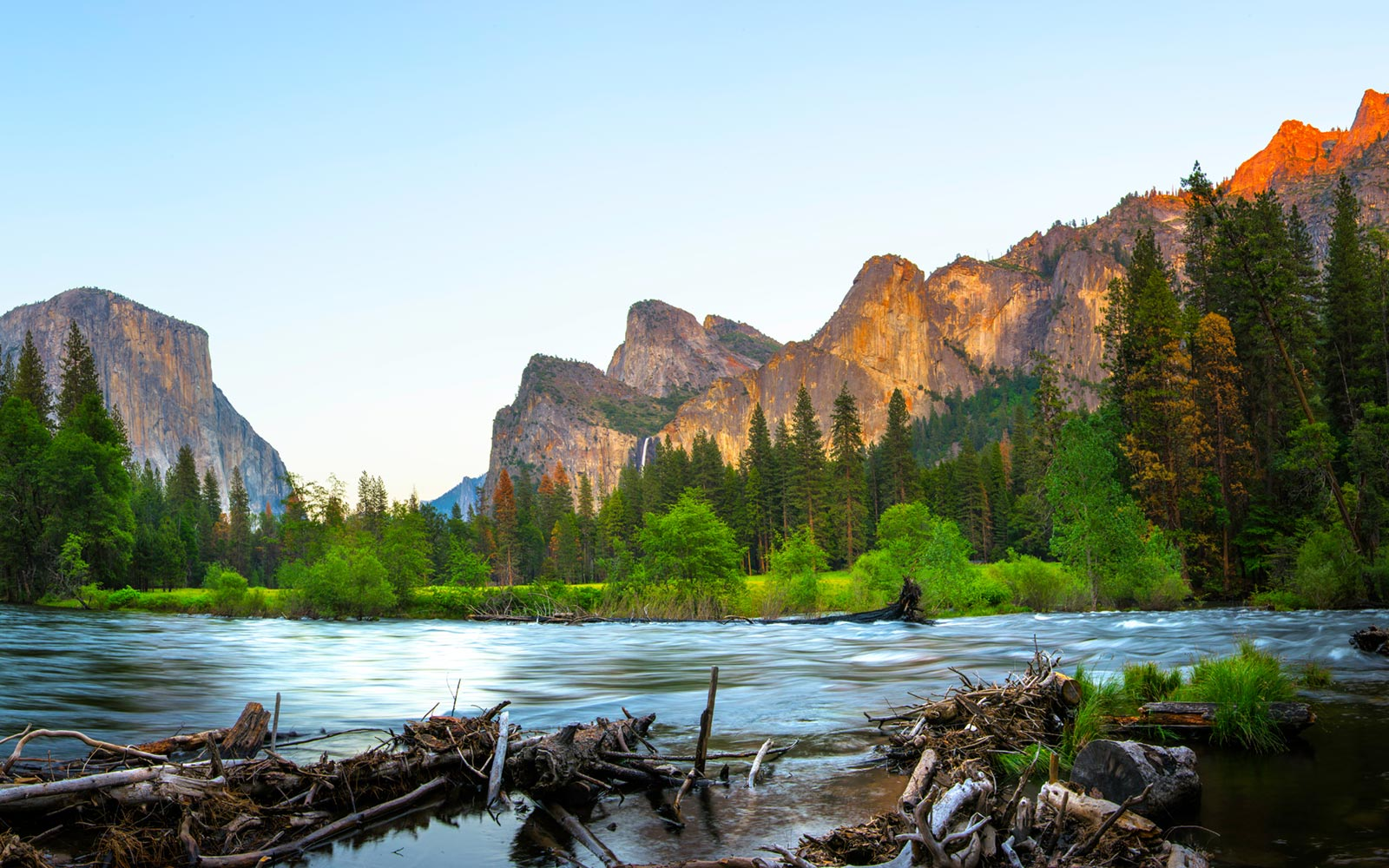 El Capitan and Merced River, Yosemite National Park, California