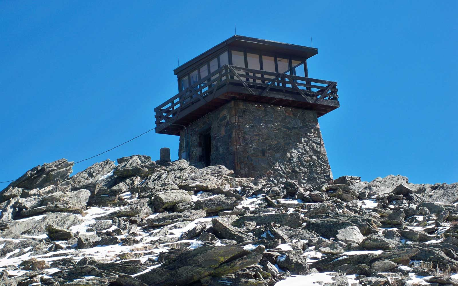 Fire Mountain Lookouts You Can Rent