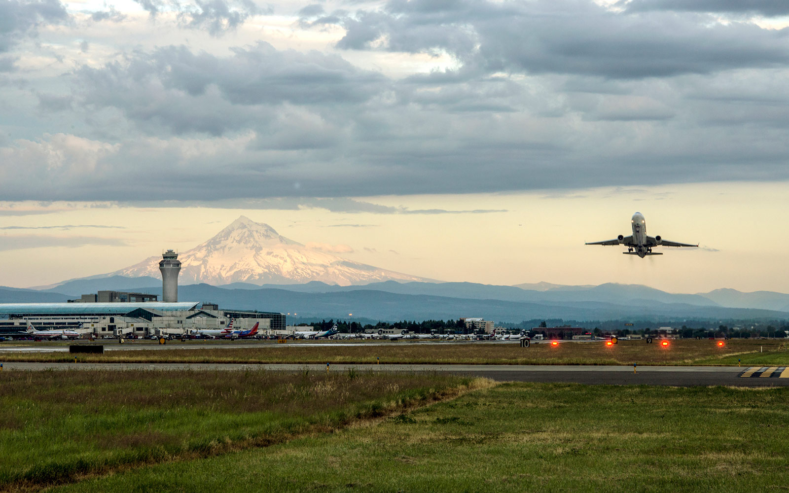 Portland International Airport, Oregon