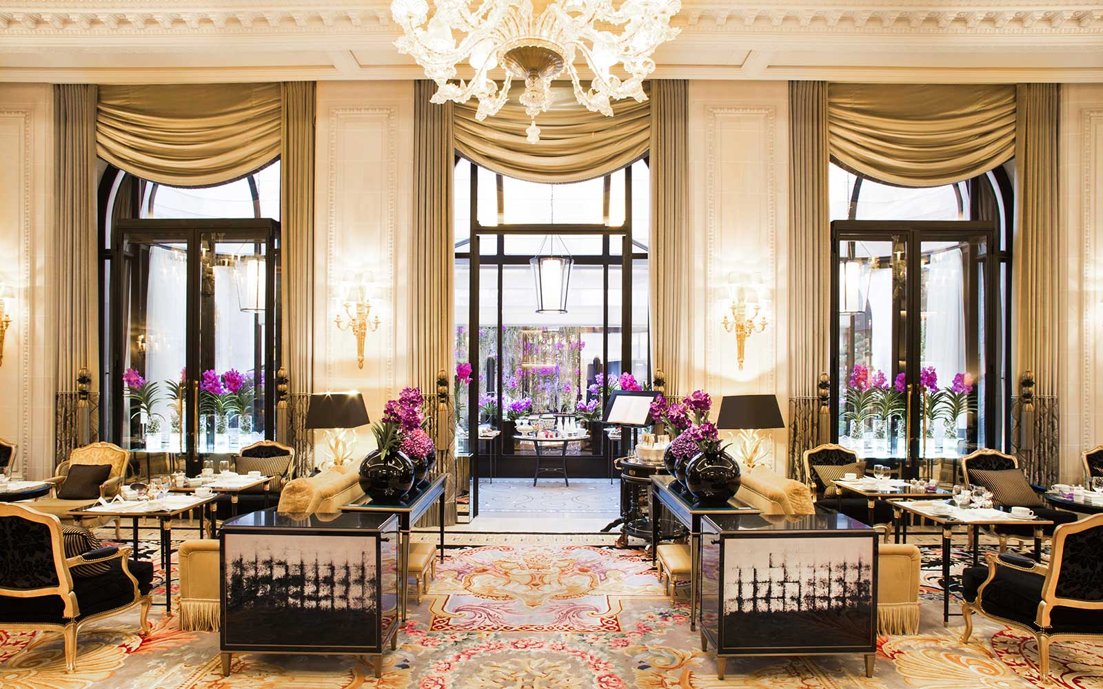 Four Seasons Hotel George V in Paris