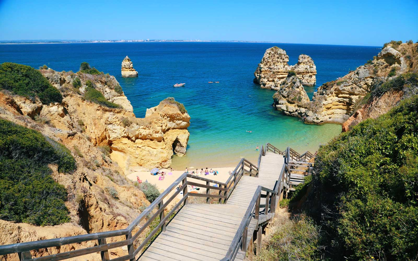 Praia-do-Camilo-Lagos-Portugal