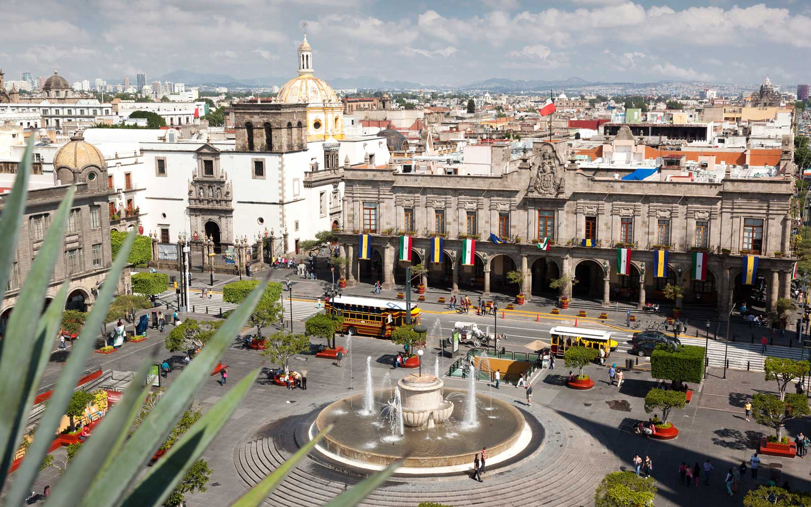 Guadalajara's Main Square, the Plaza de Armas and La Merced church.